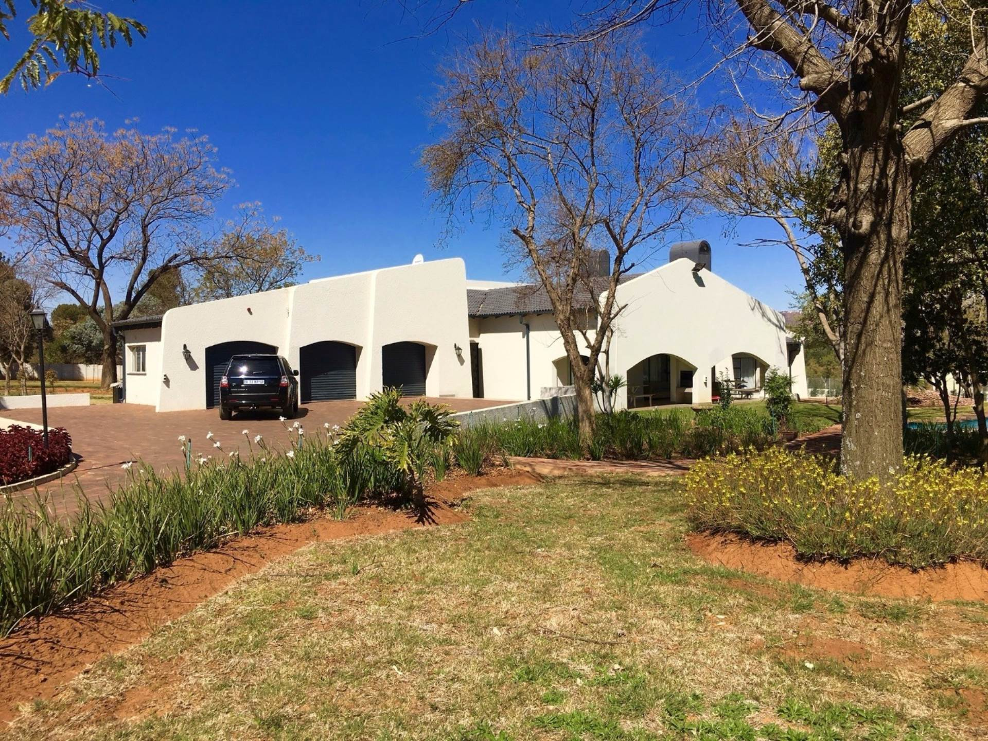 4 BedroomHouse For Sale In Rietfontein