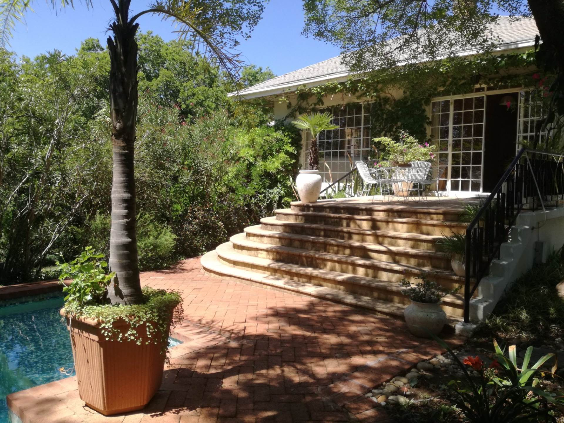 5 BedroomHouse For Sale In Bayswater
