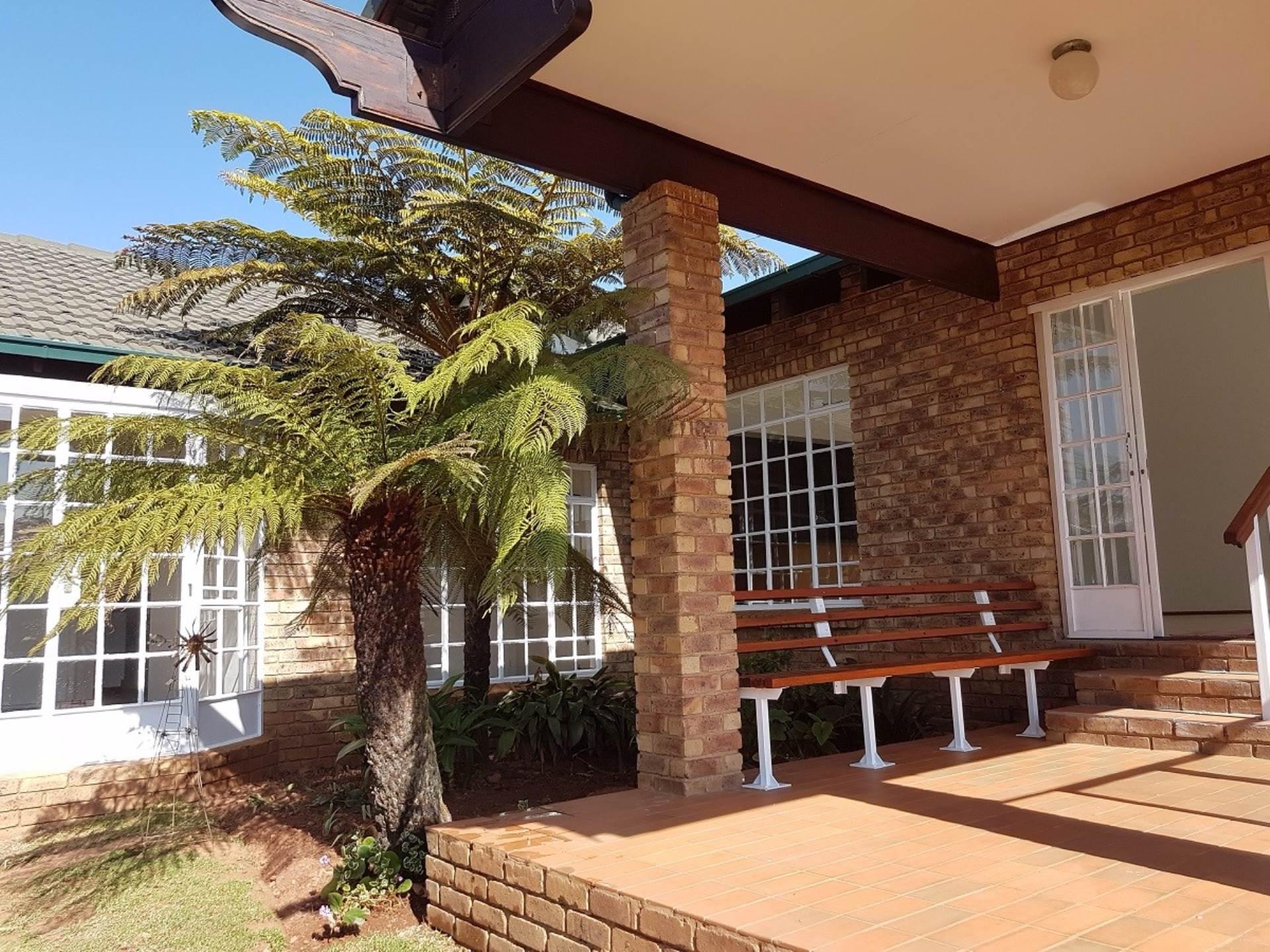 3 BedroomHouse To Rent In Rangeview