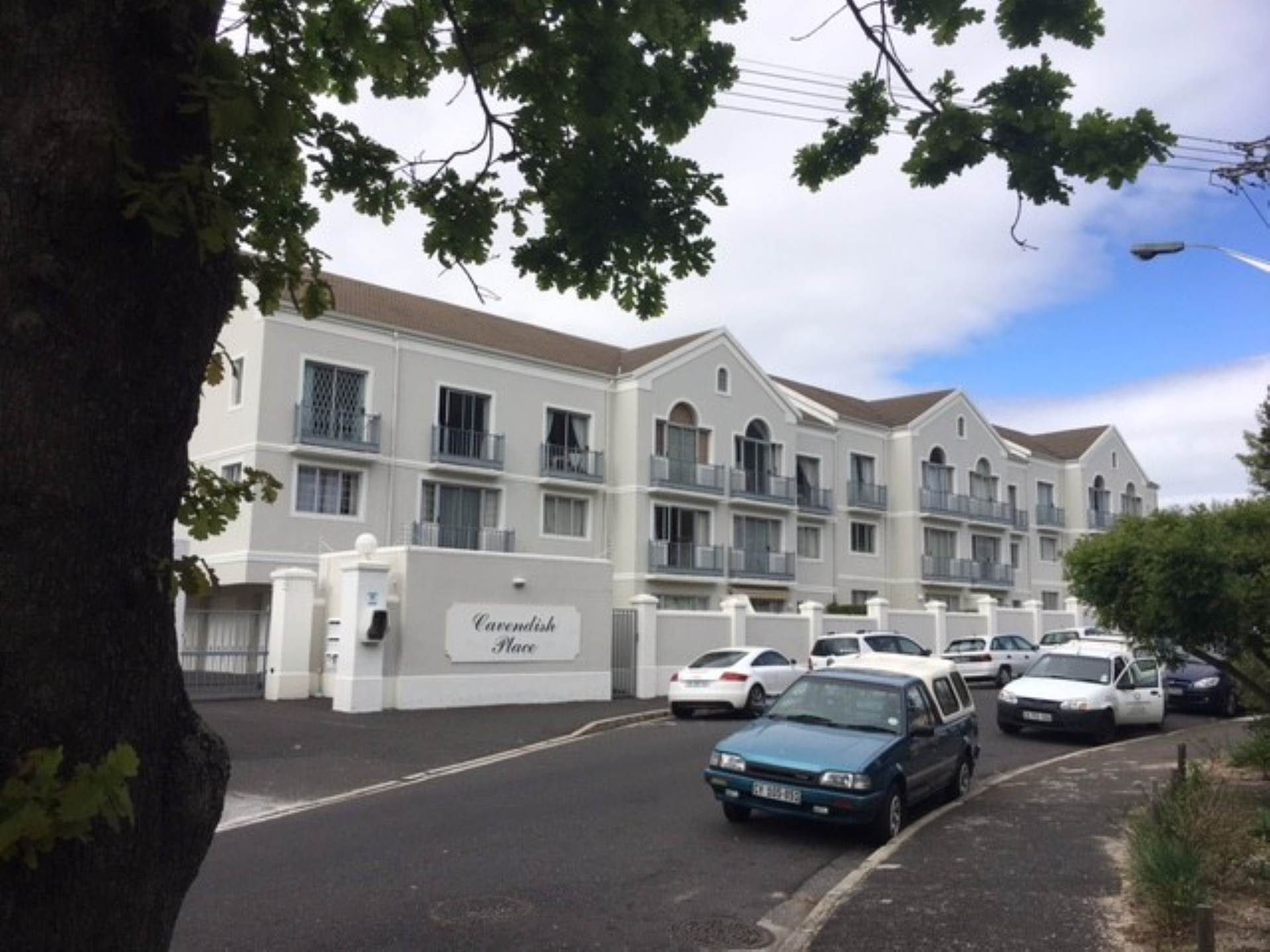 Property and Houses for sale in Claremont Upper, Apartment, 2 Bedrooms - ZAR 2,450,000