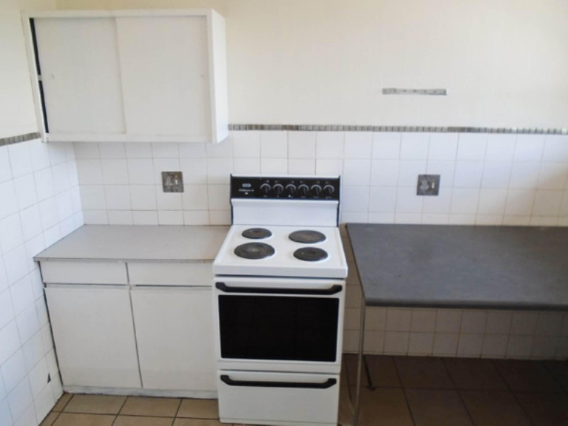 2 BedroomApartment To Rent In Windsor