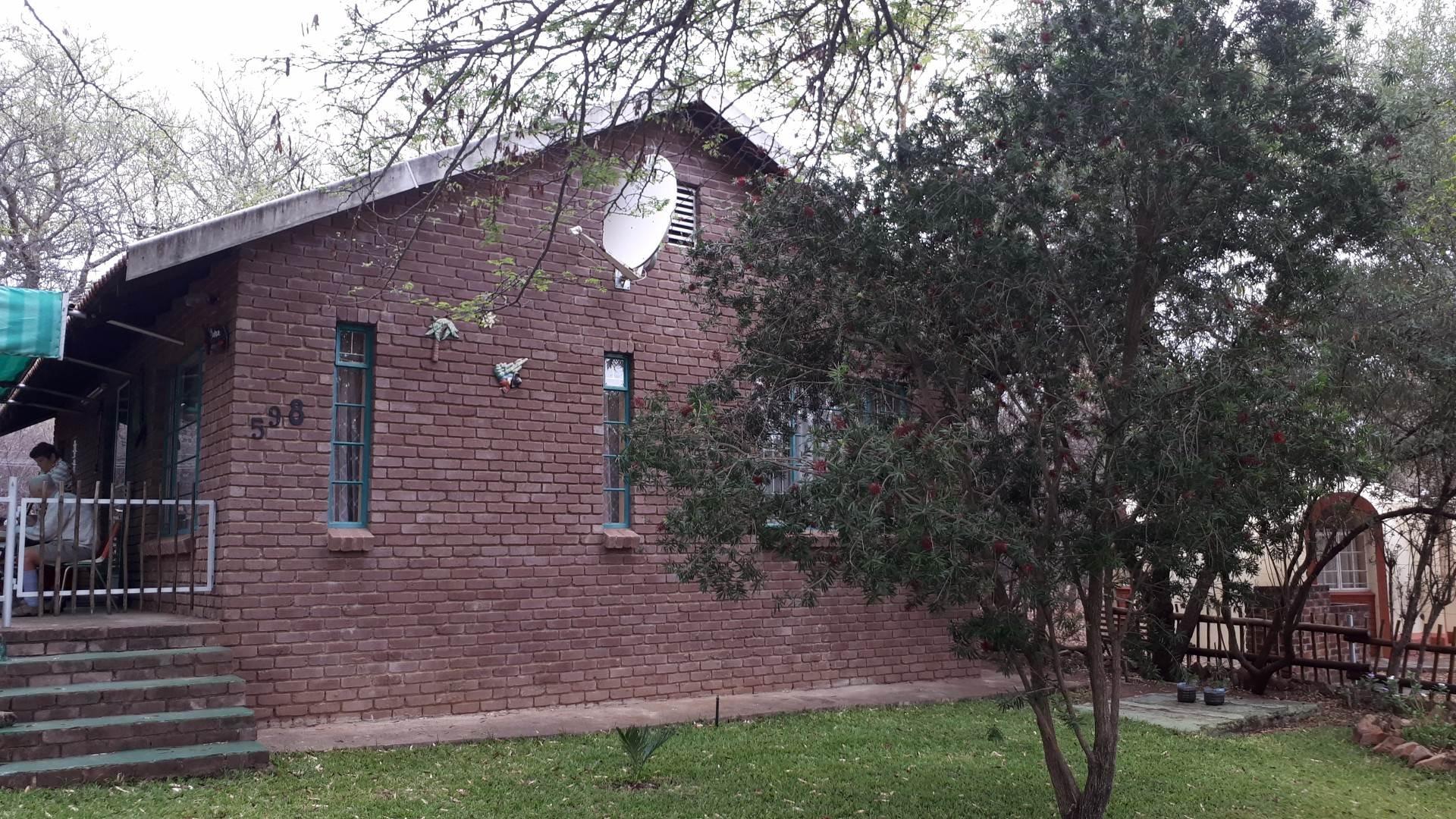 2 BedroomHouse For Sale In Leeupoort