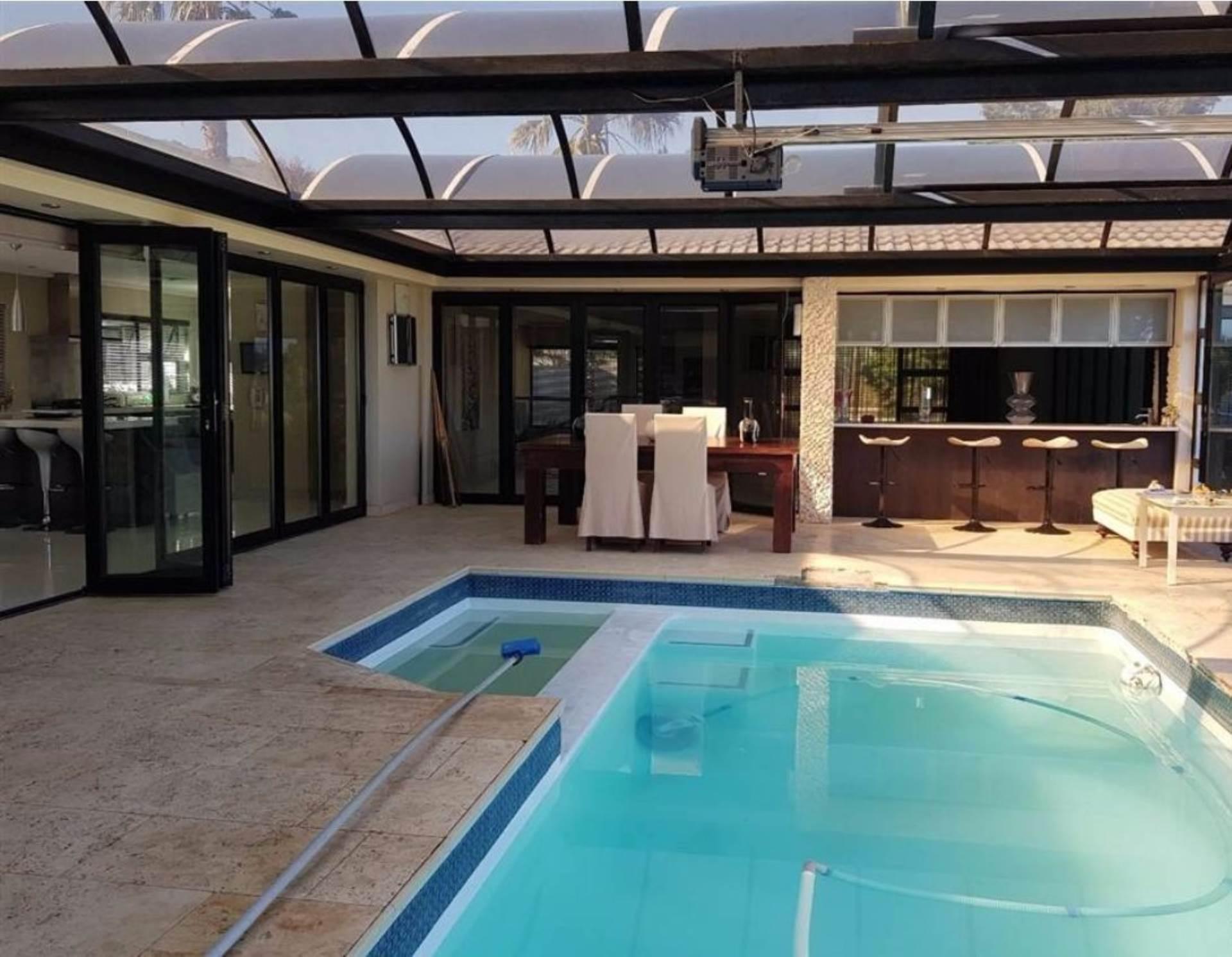 6 BedroomHouse For Sale In Plattekloof