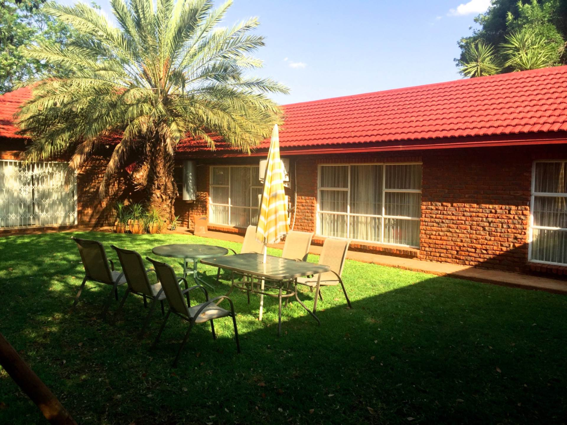 5 BedroomFarm For Sale In Rietfontein