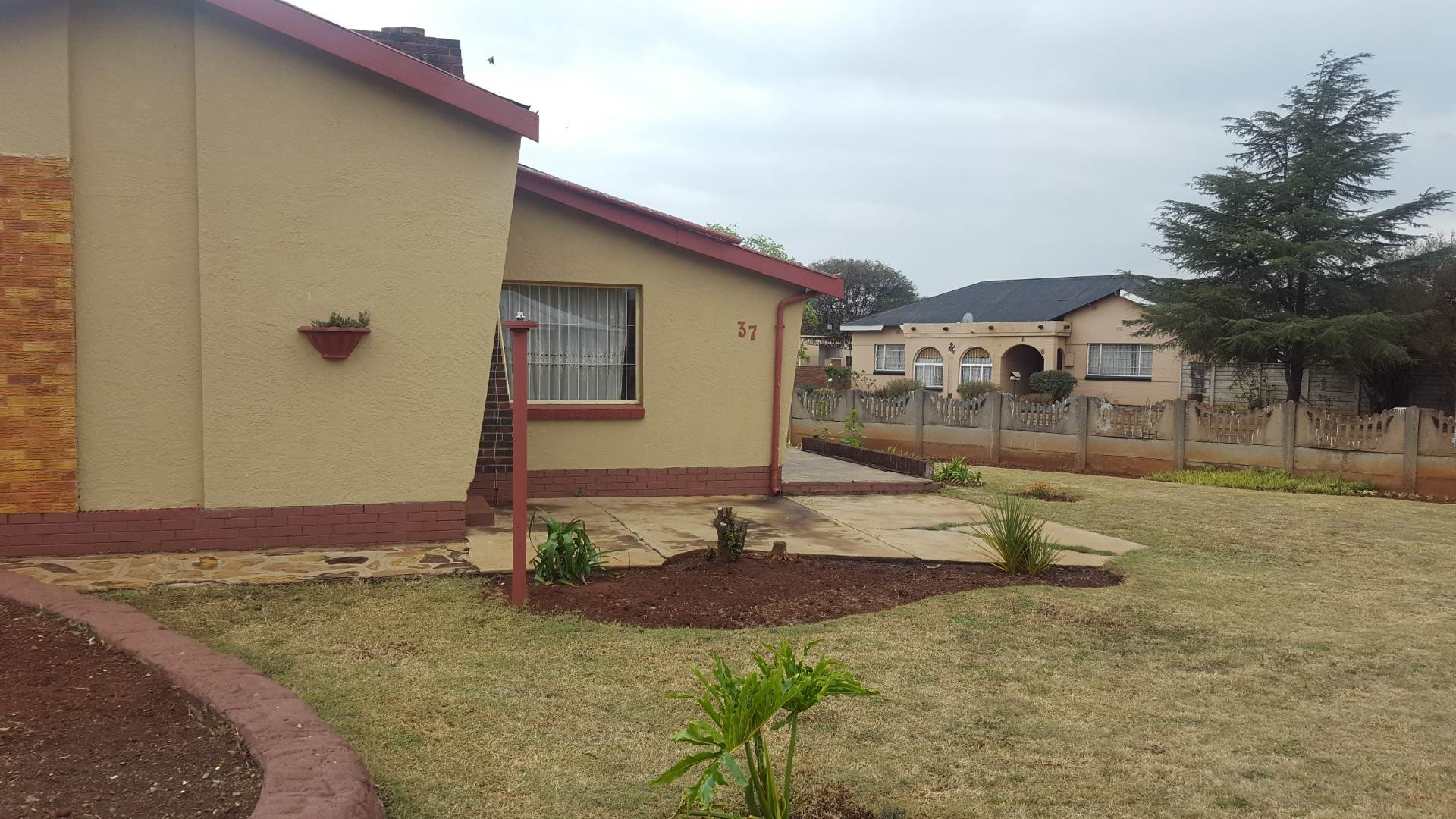 2 BedroomHouse For Sale In Casseldale