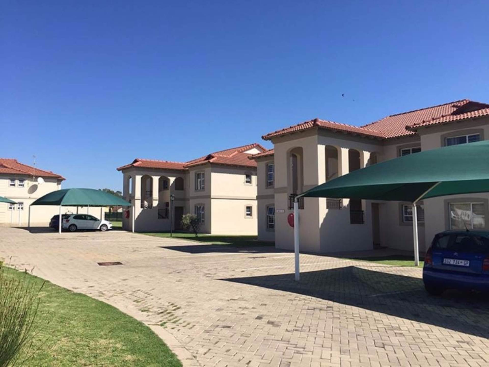 2 BedroomApartment To Rent In Morehill Ext 2