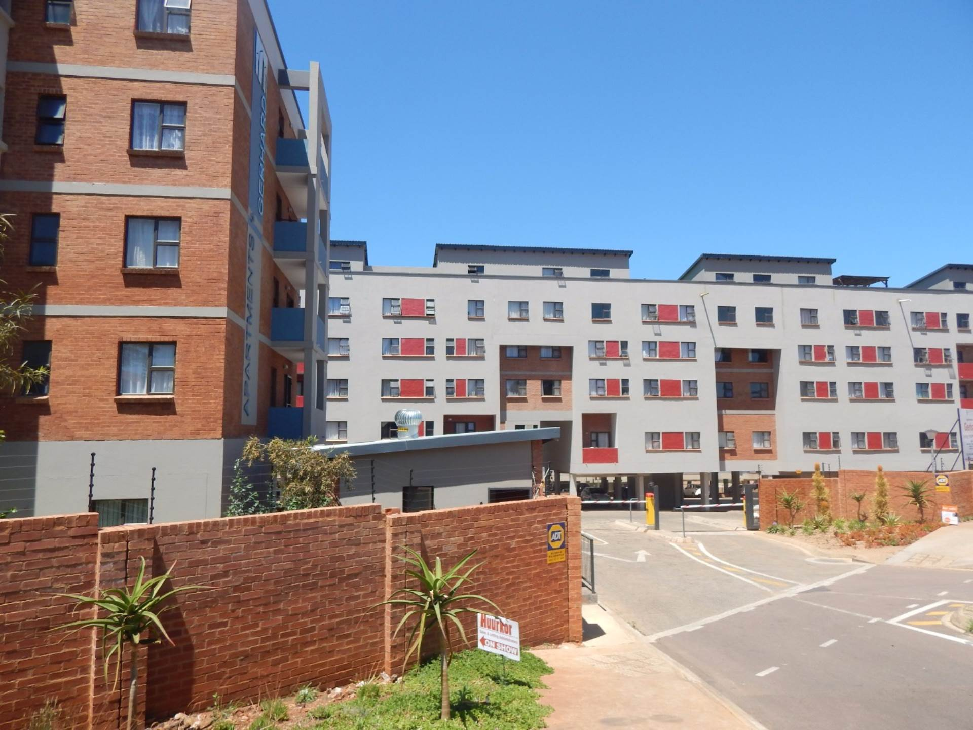 1 BedroomFlat To Rent In Centurion Central