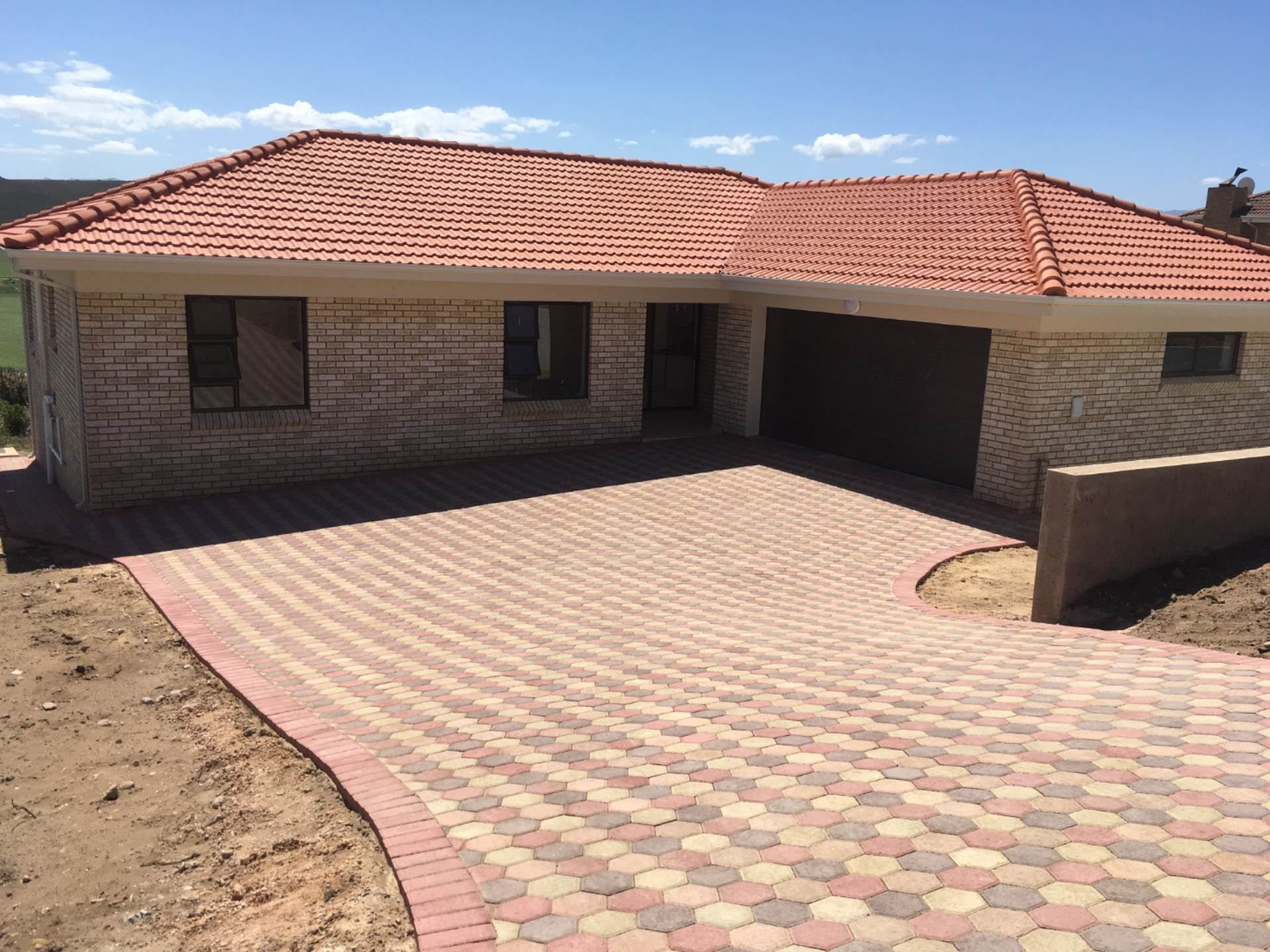 3 BedroomHouse For Sale In Reebok