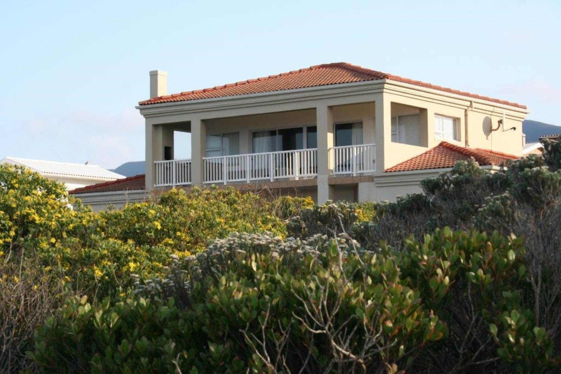 7 BedroomHouse For Sale In Sandbaai
