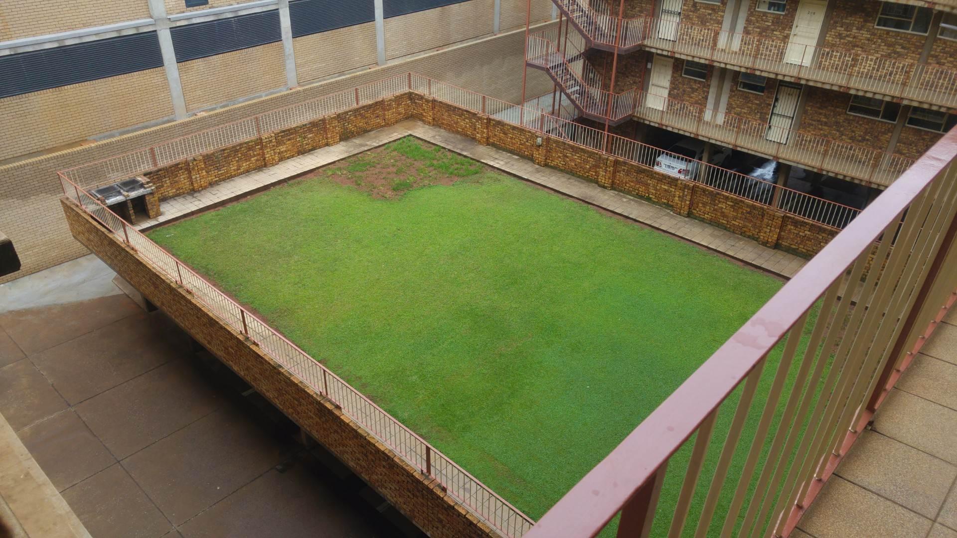 2 BedroomFlat To Rent In Hatfield