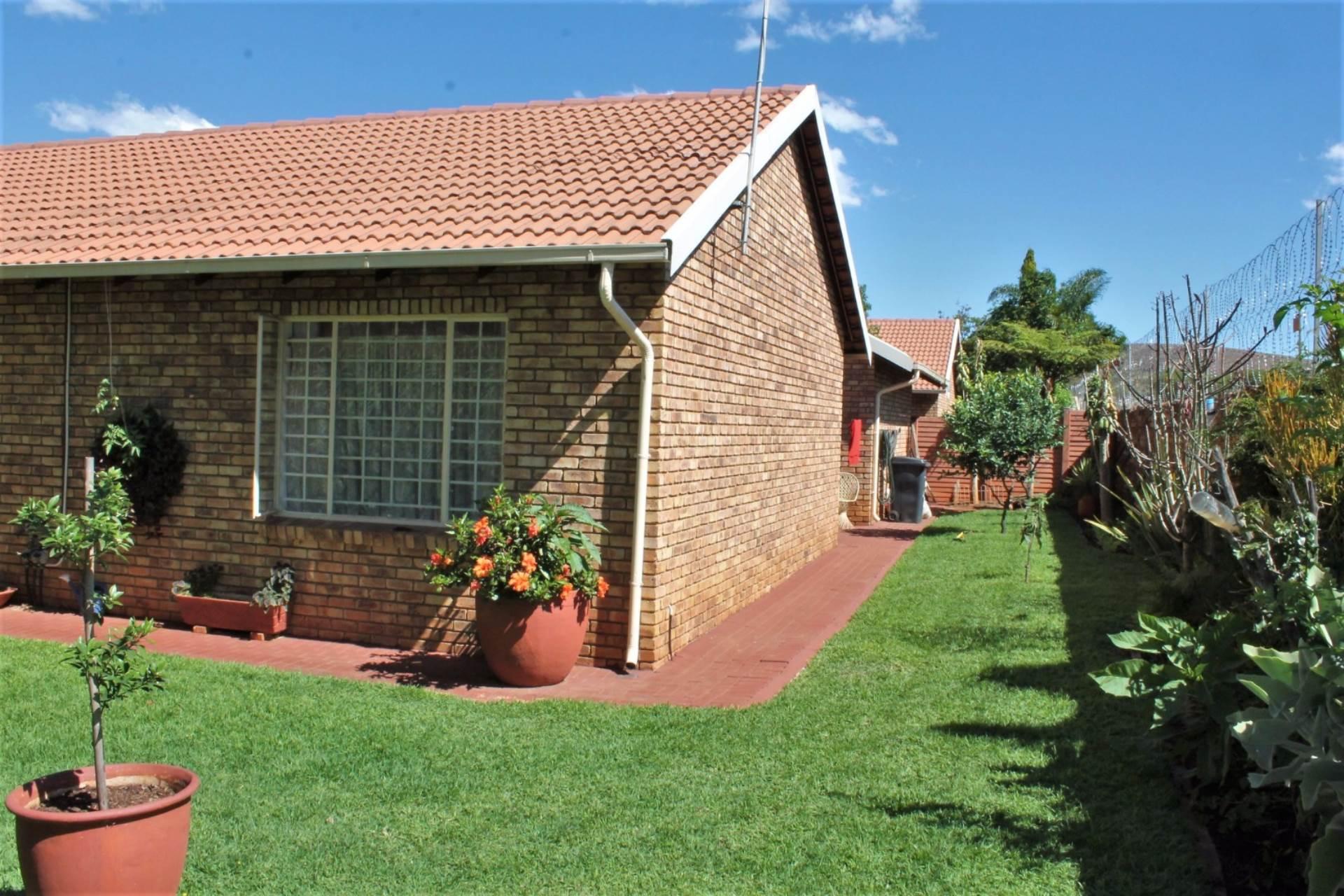 Dorandia property for sale. Ref No: 13534175. Picture no 11