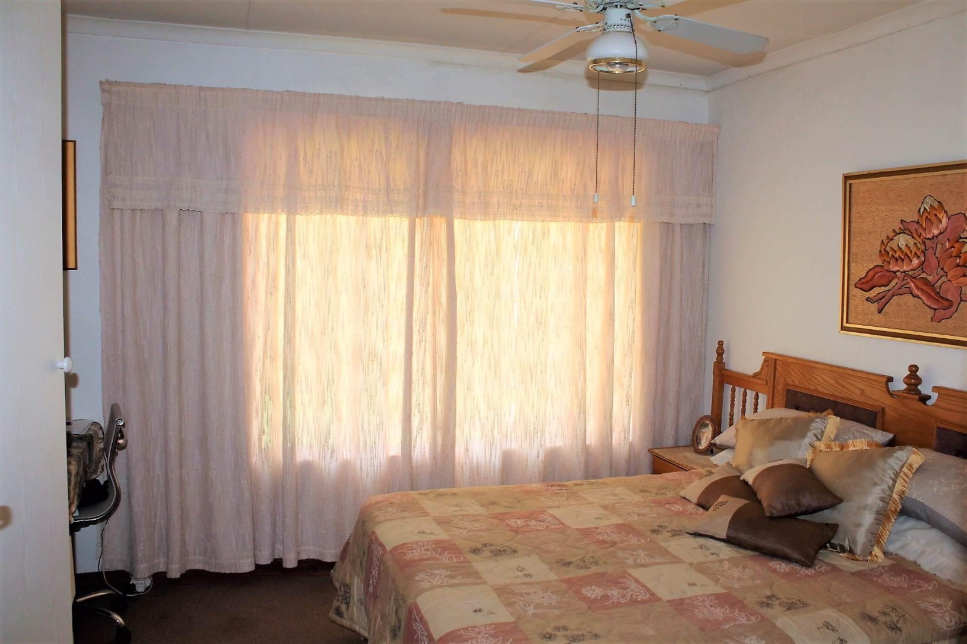 Dorandia property for sale. Ref No: 13534175. Picture no 5