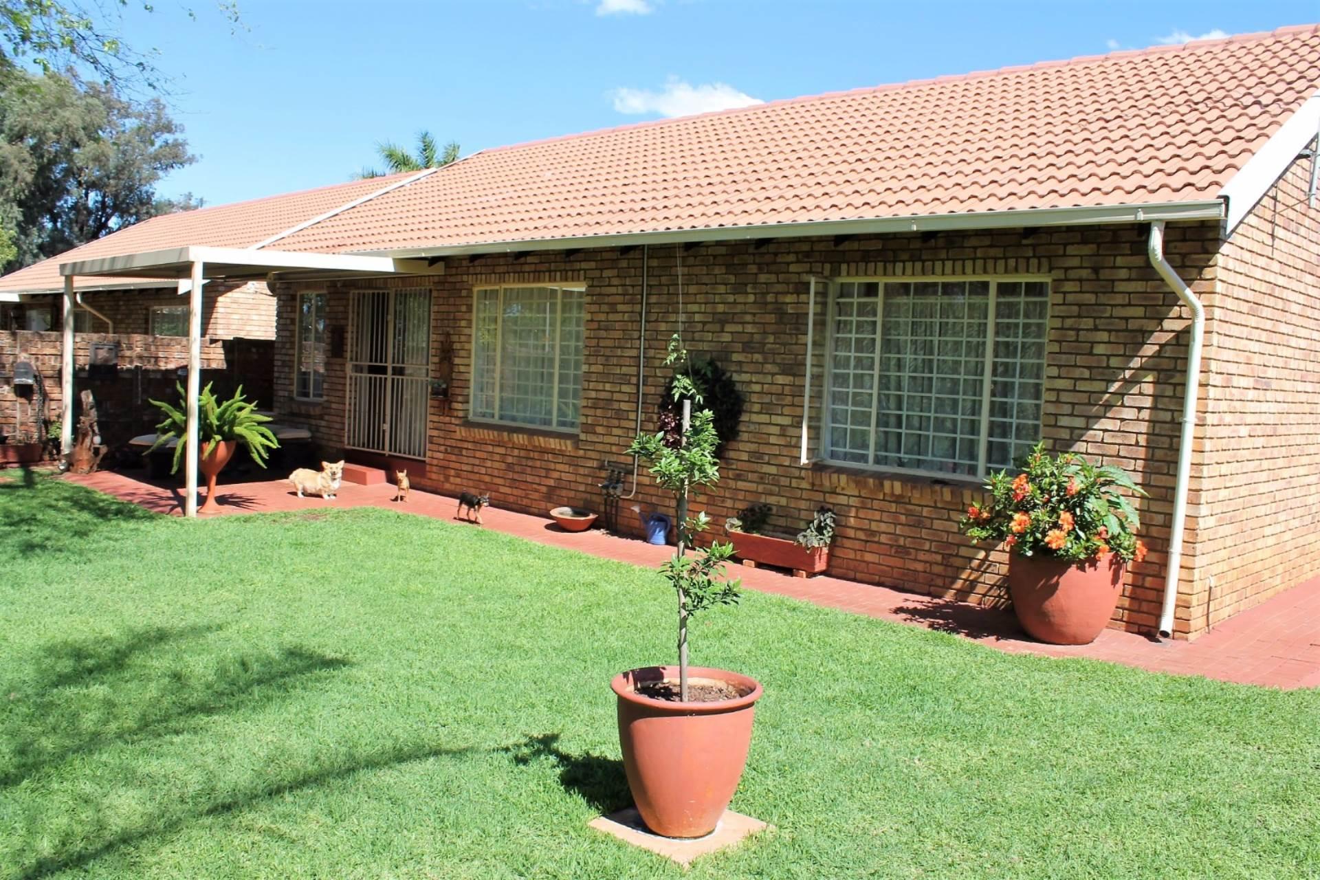 Dorandia property for sale. Ref No: 13534175. Picture no 1