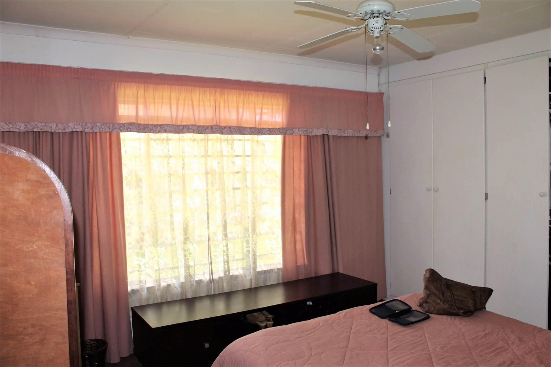 Dorandia property for sale. Ref No: 13534175. Picture no 7