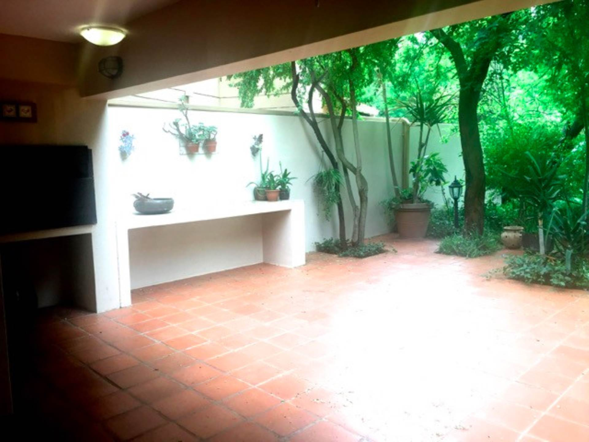 5 BedroomHouse For Sale In Magalies Golf Estate