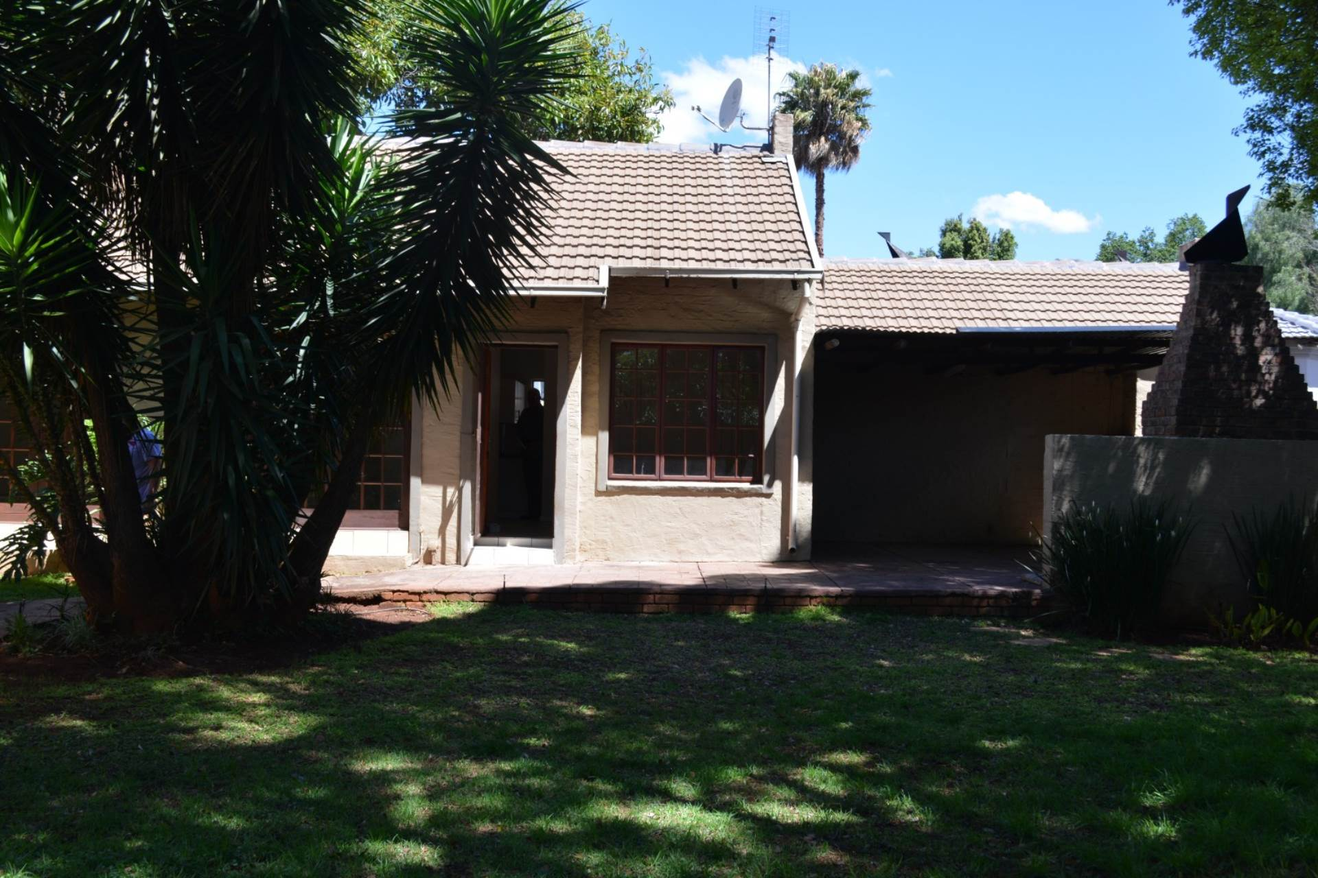 Newlands property to rent. Ref No: 13541220. Picture no 10