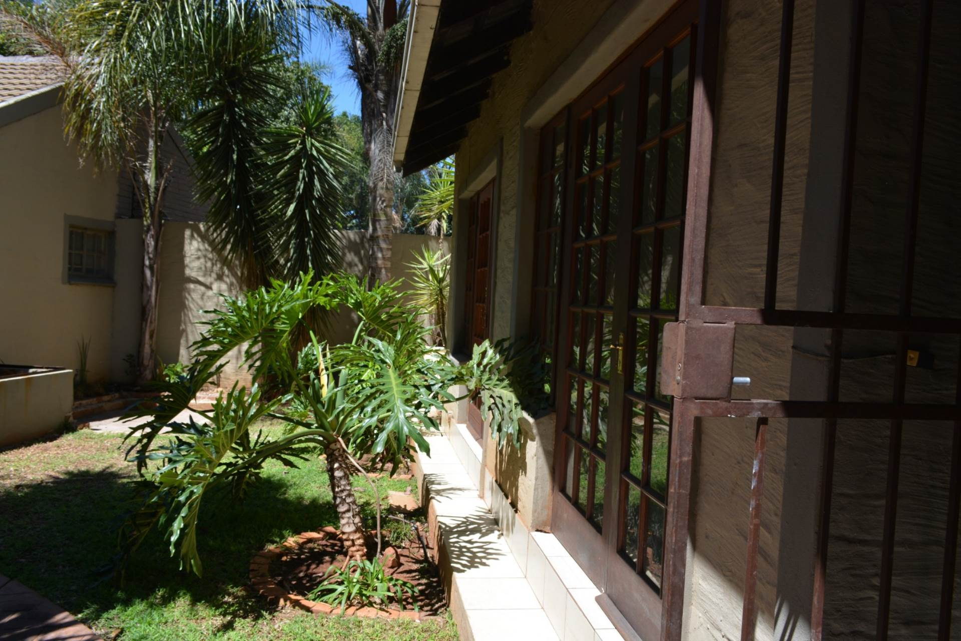 Newlands property to rent. Ref No: 13541220. Picture no 3