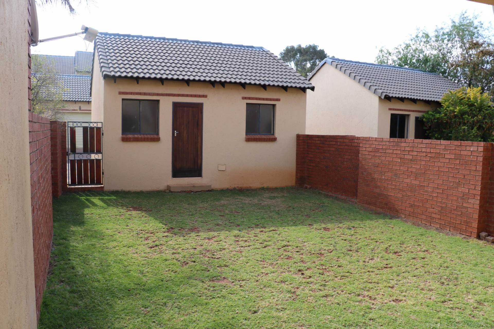 Mooikloof Ridge property for sale. Ref No: 13541409. Picture no 6