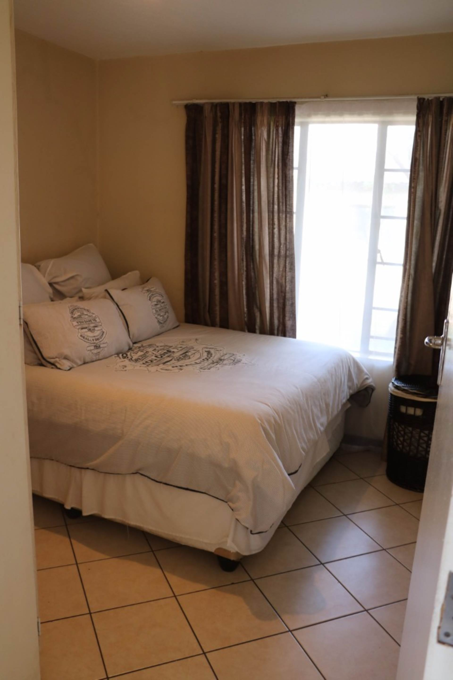 Mooikloof Ridge property for sale. Ref No: 13541409. Picture no 9