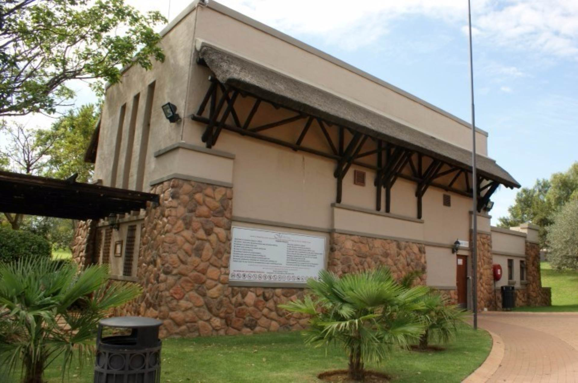 Mooikloof Ridge property for sale. Ref No: 13541409. Picture no 15