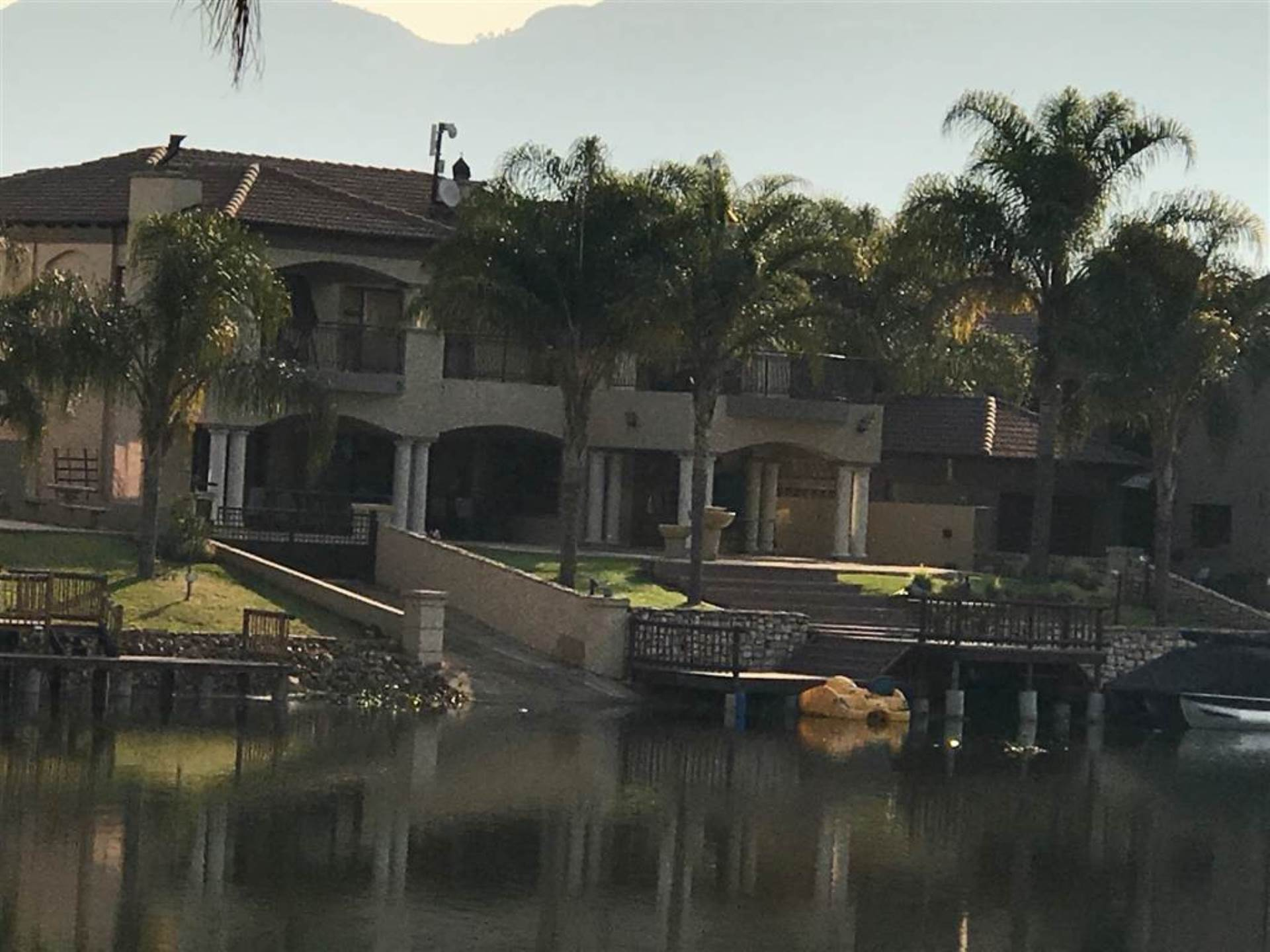4 BedroomHouse To Rent In Westlake