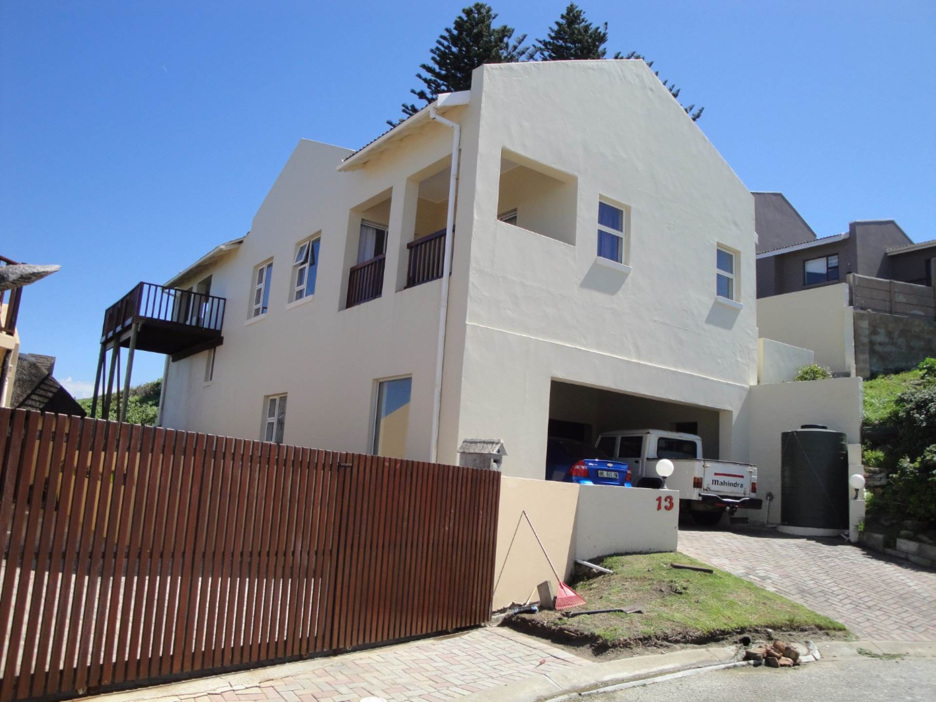 3 BedroomHouse To Rent In Sea View