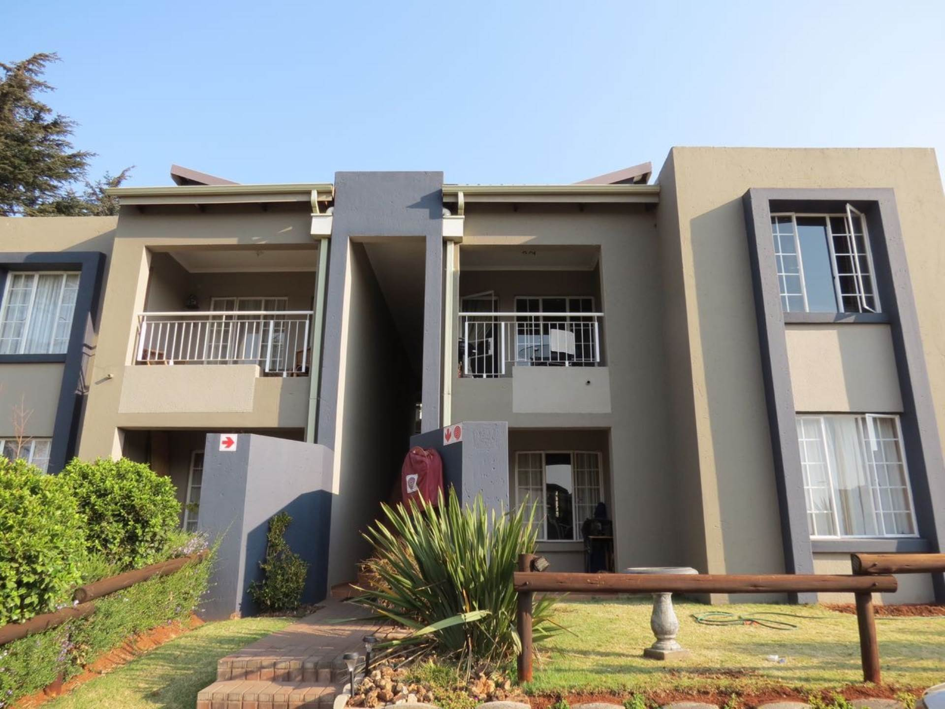 2 BedroomTownhouse To Rent In Brentwood Park