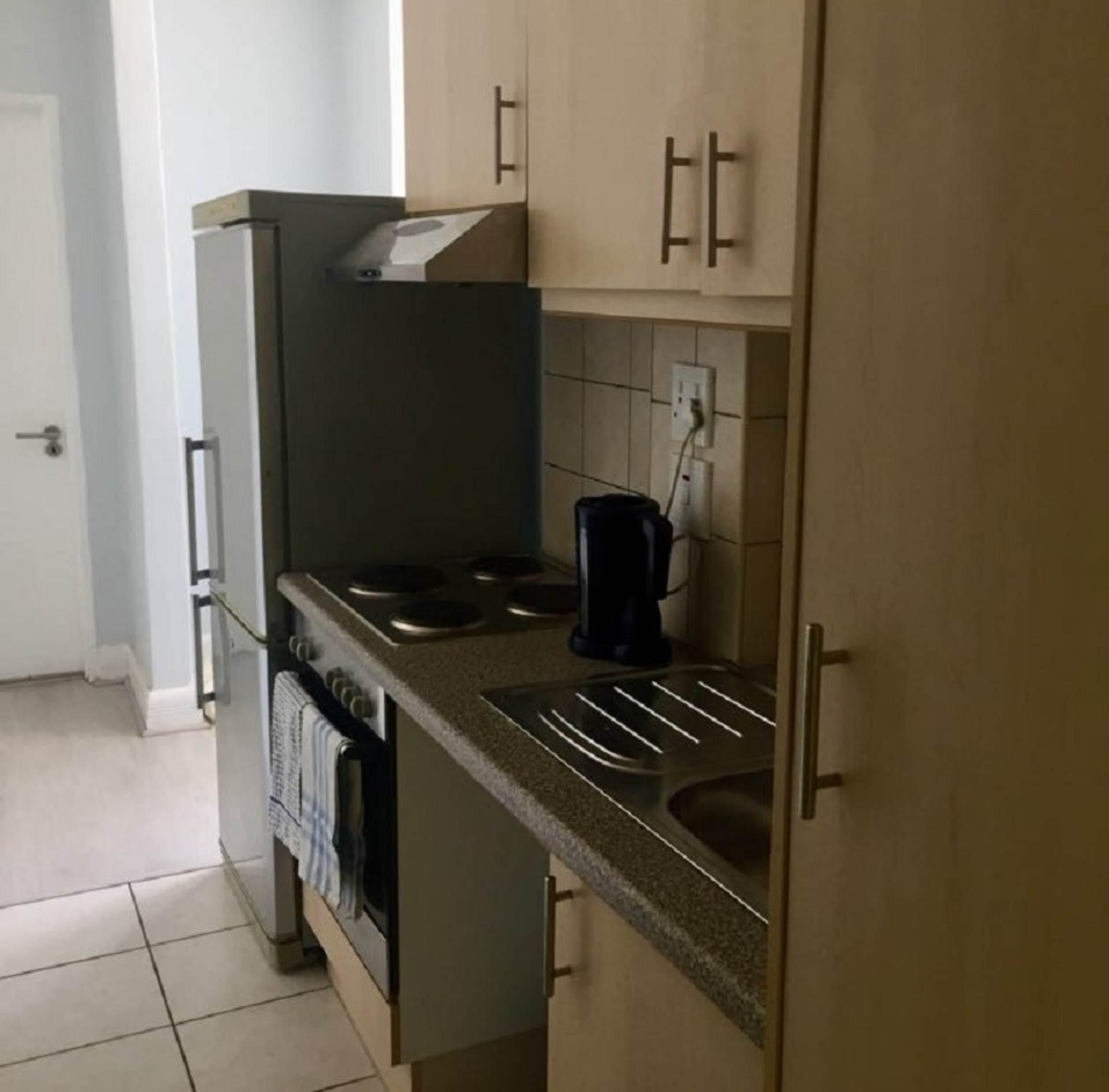 Zonnebloem property for sale. Ref No: 13542679. Picture no 4