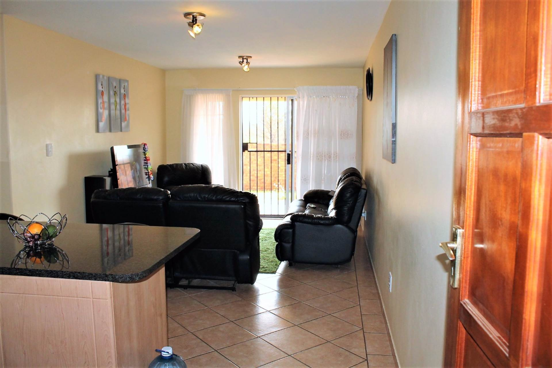 Theresapark property for sale. Ref No: 13540541. Picture no 8