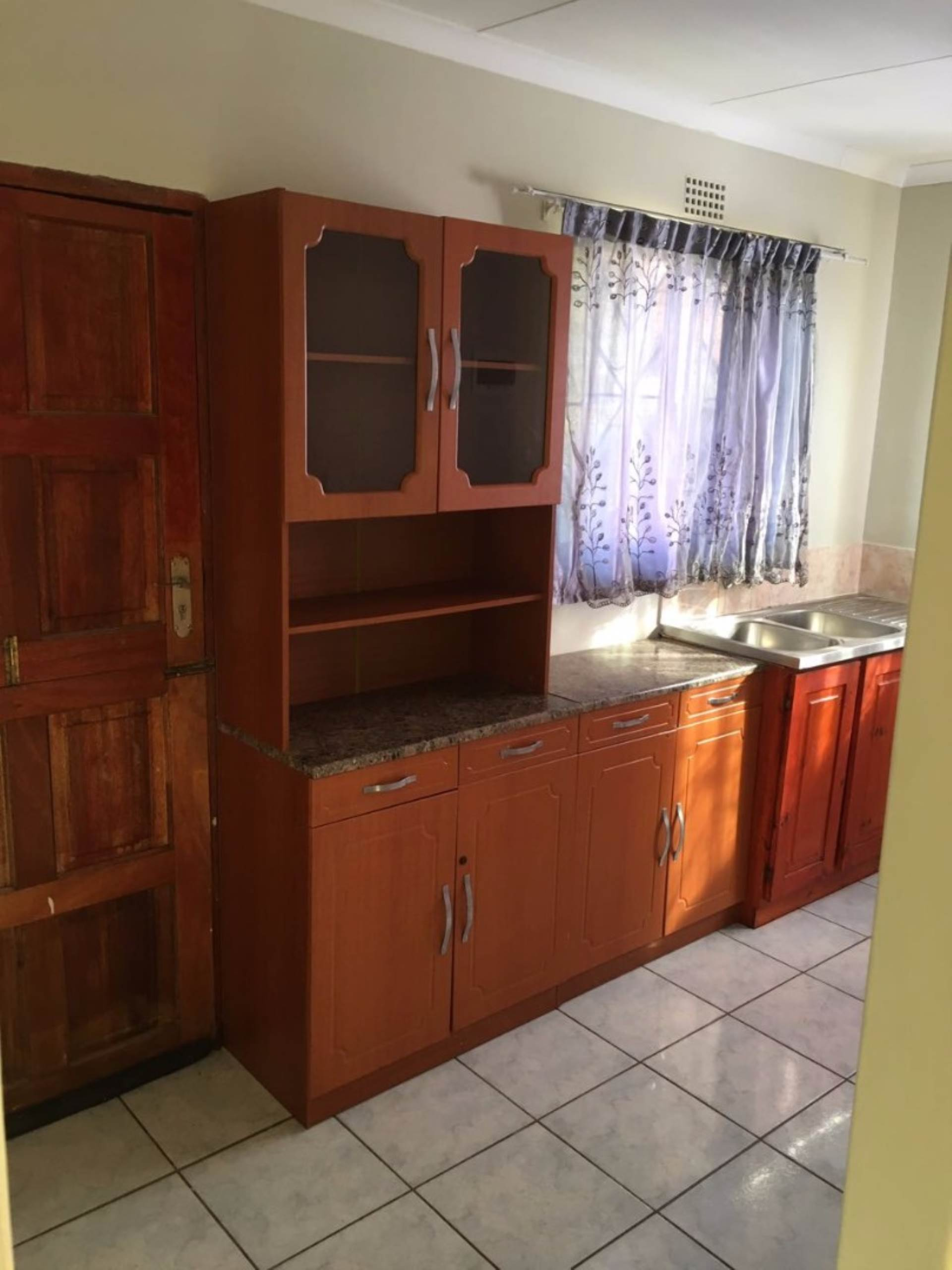 3 BedroomHouse For Sale In Ngwelezana