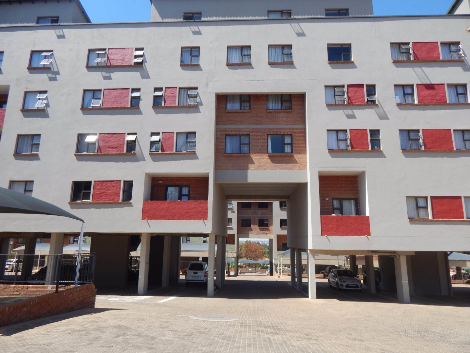 2 BedroomFlat To Rent In Clubview
