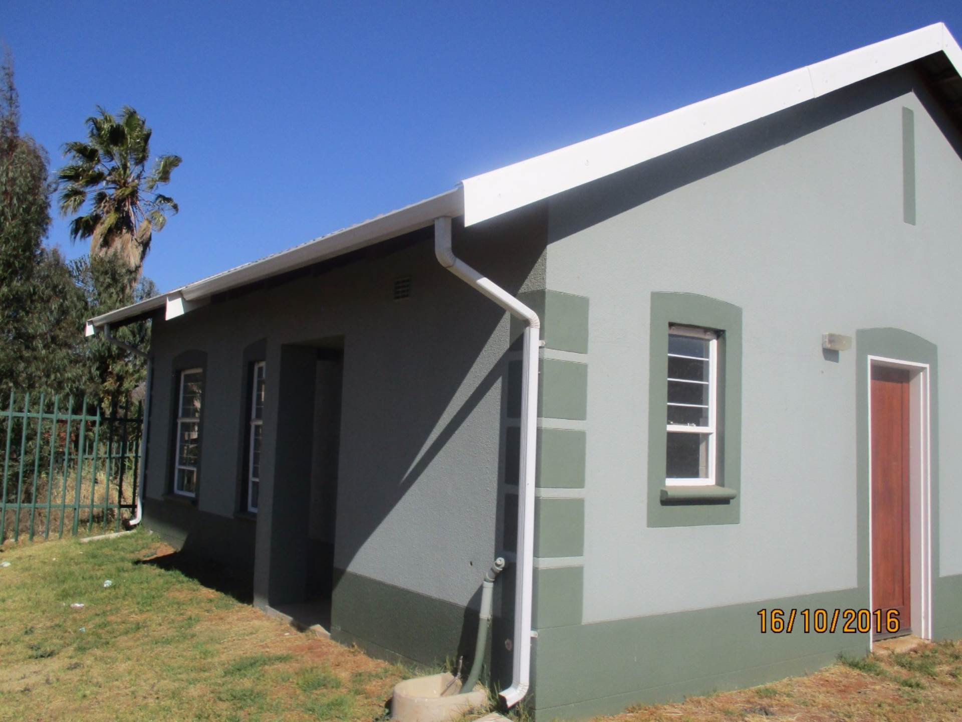 3 BedroomHouse For Sale In Lenasia