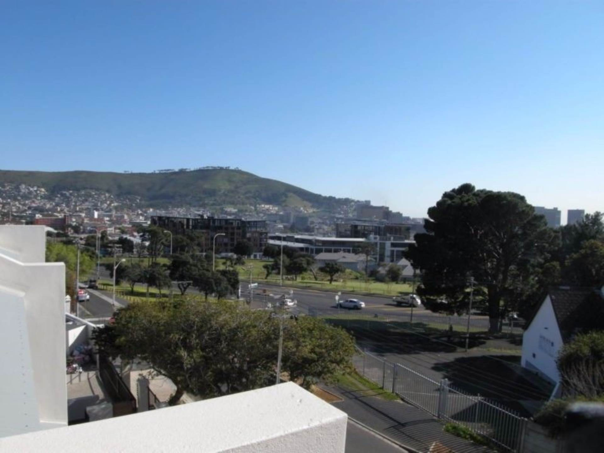 Vredehoek property to rent. Ref No: 13543456. Picture no 1