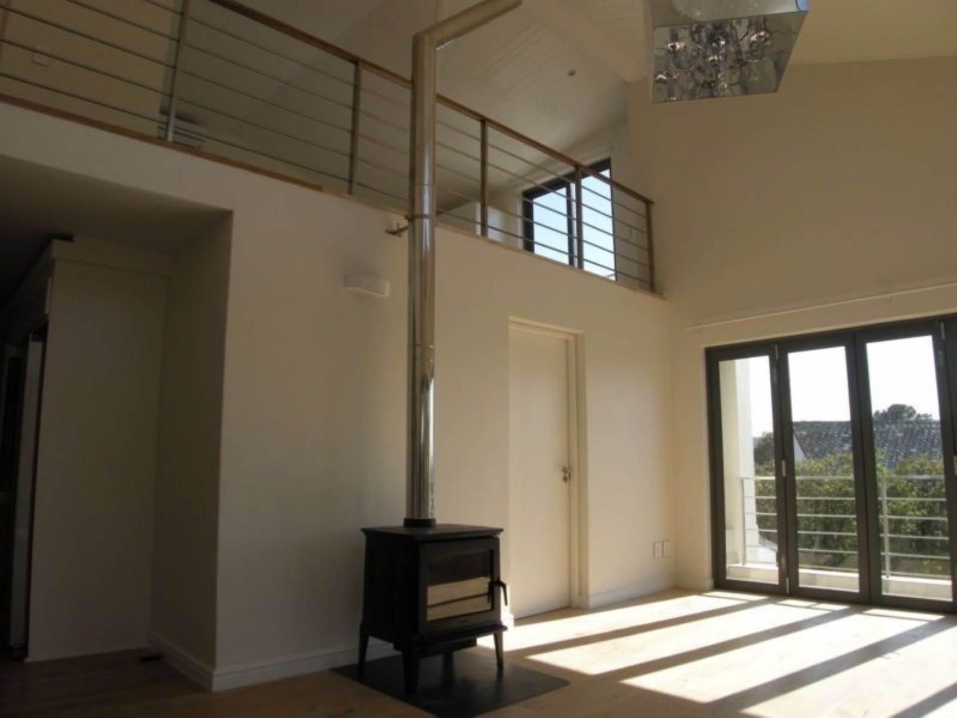 Vredehoek property to rent. Ref No: 13543456. Picture no 9