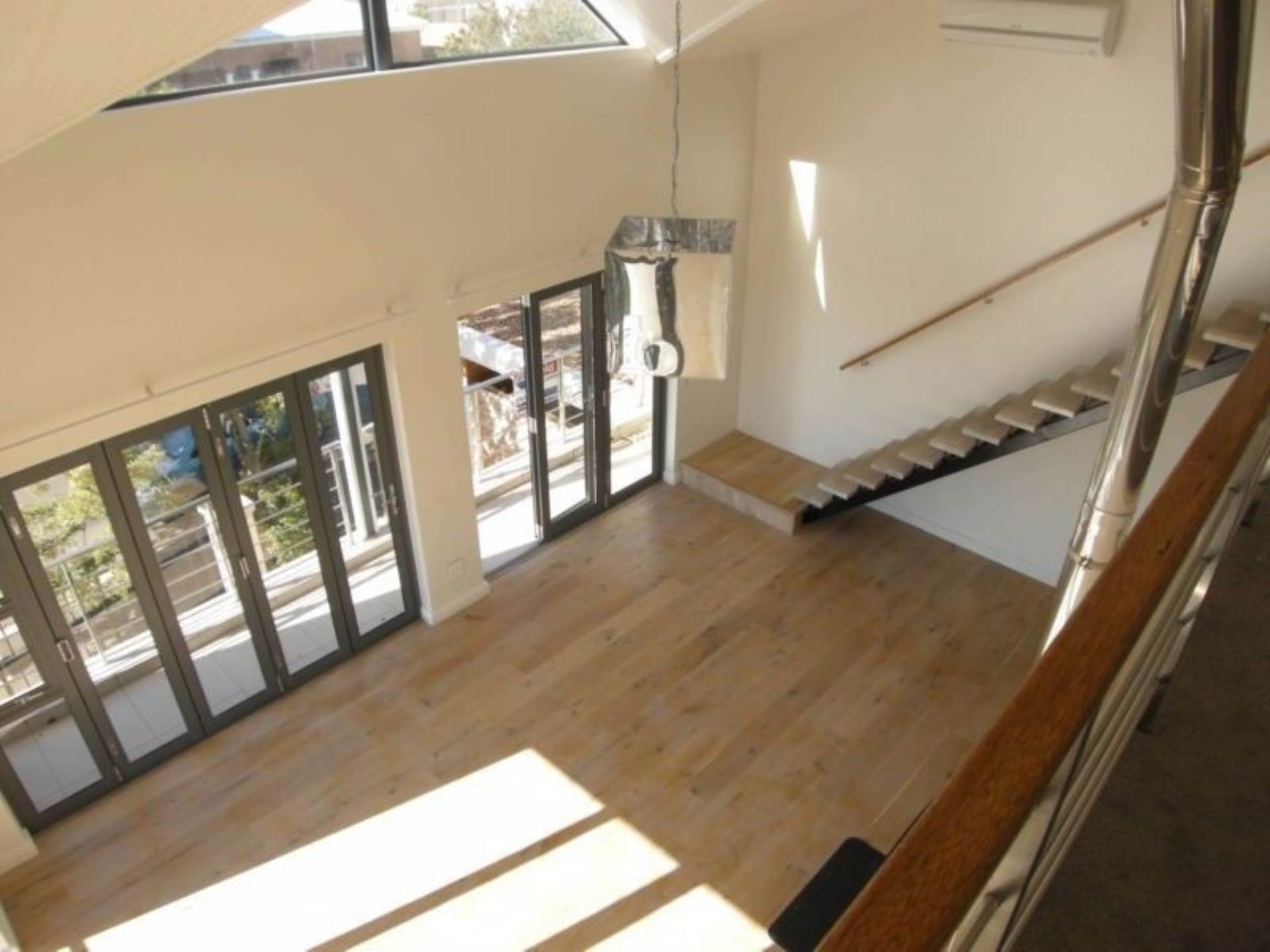 Vredehoek property to rent. Ref No: 13543456. Picture no 3