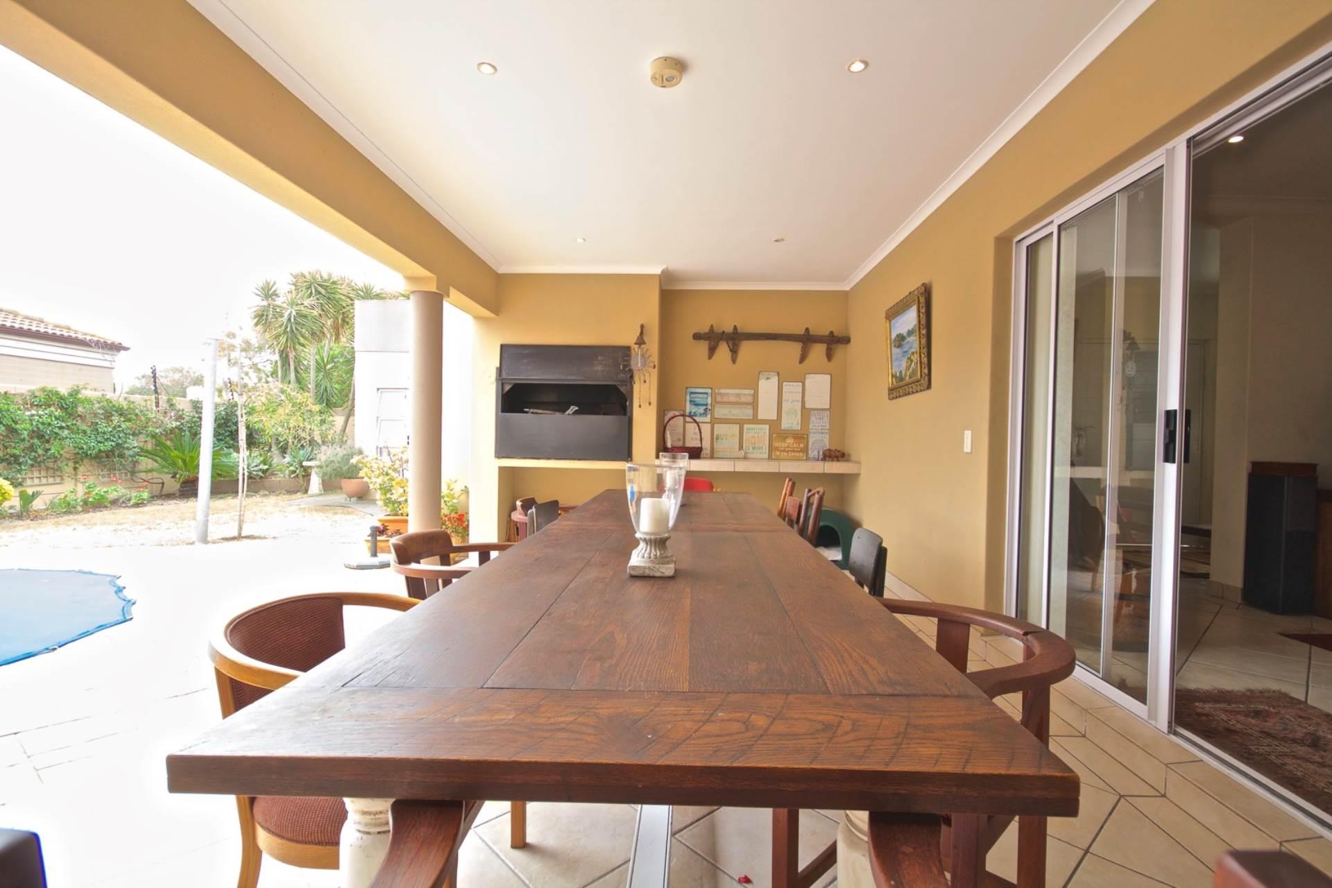 Parklands property for sale. Ref No: 13543579. Picture no 15