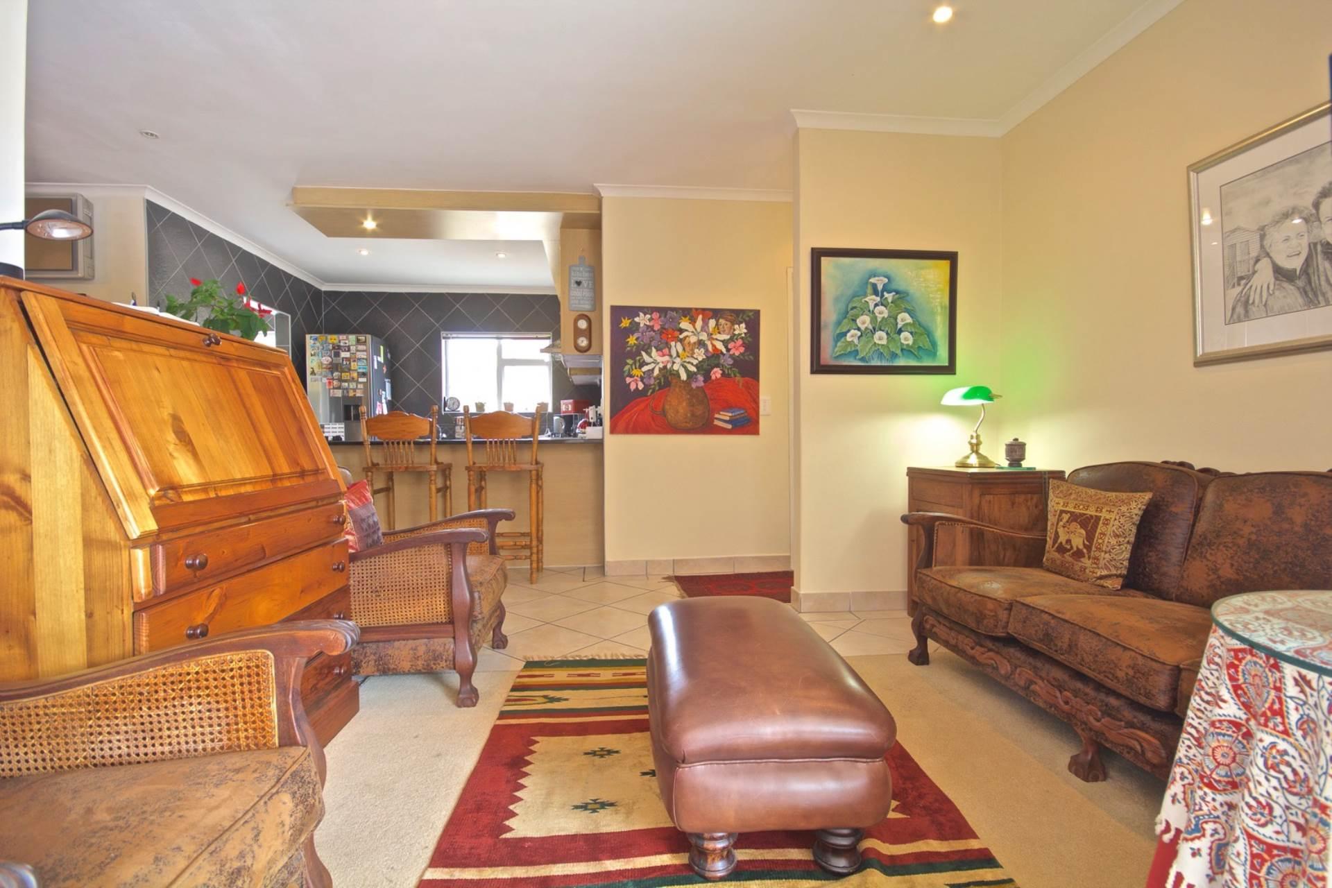 Parklands property for sale. Ref No: 13543579. Picture no 7