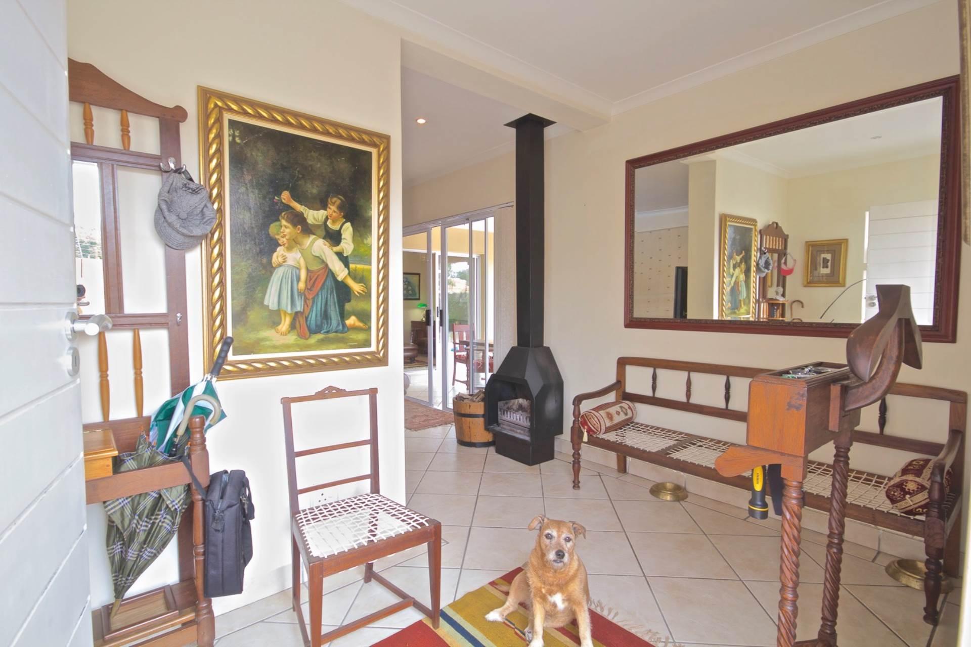 Parklands property for sale. Ref No: 13543579. Picture no 4
