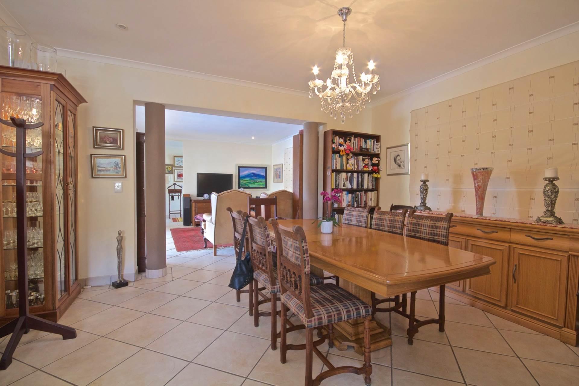 Parklands property for sale. Ref No: 13543579. Picture no 6
