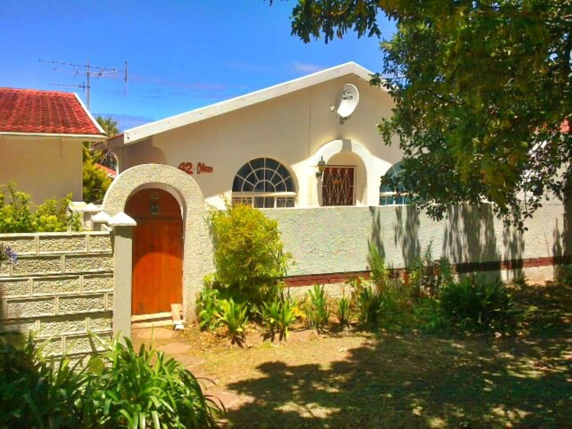 2 BedroomTownhouse For Sale In Aston Bay