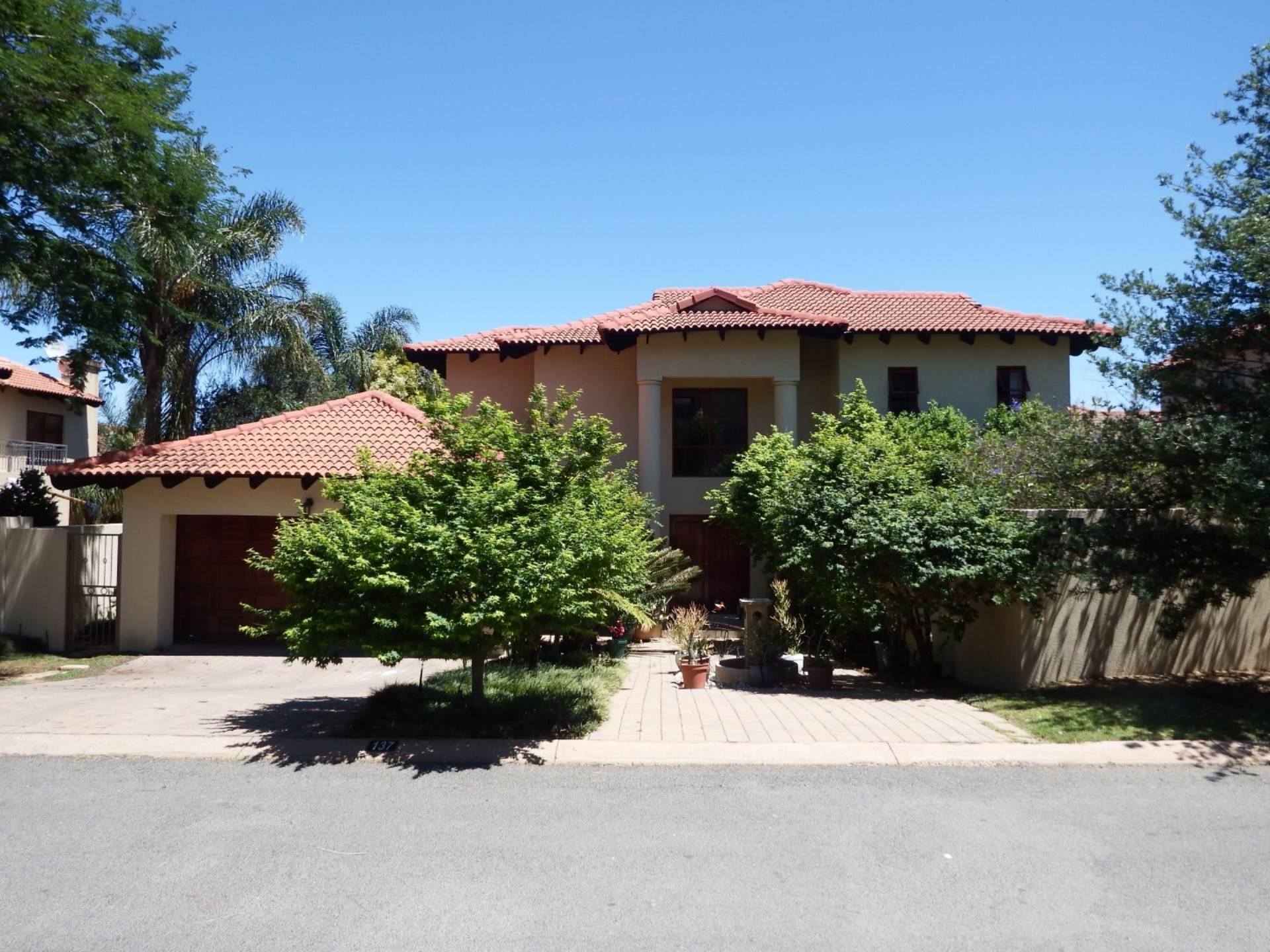 3 BedroomHouse For Sale In Fernridge Estate