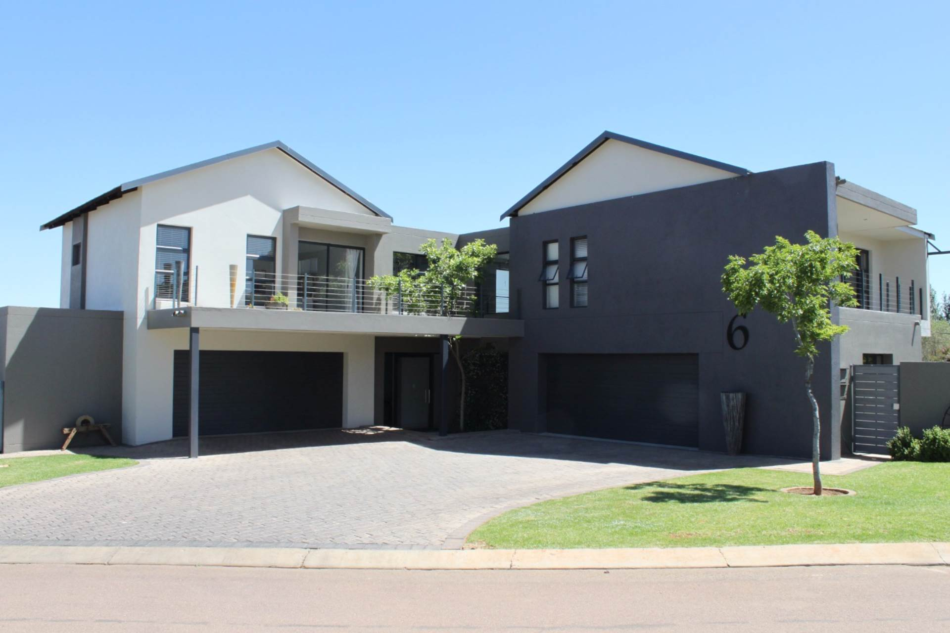 5 BedroomHouse For Sale In Midstream Estate