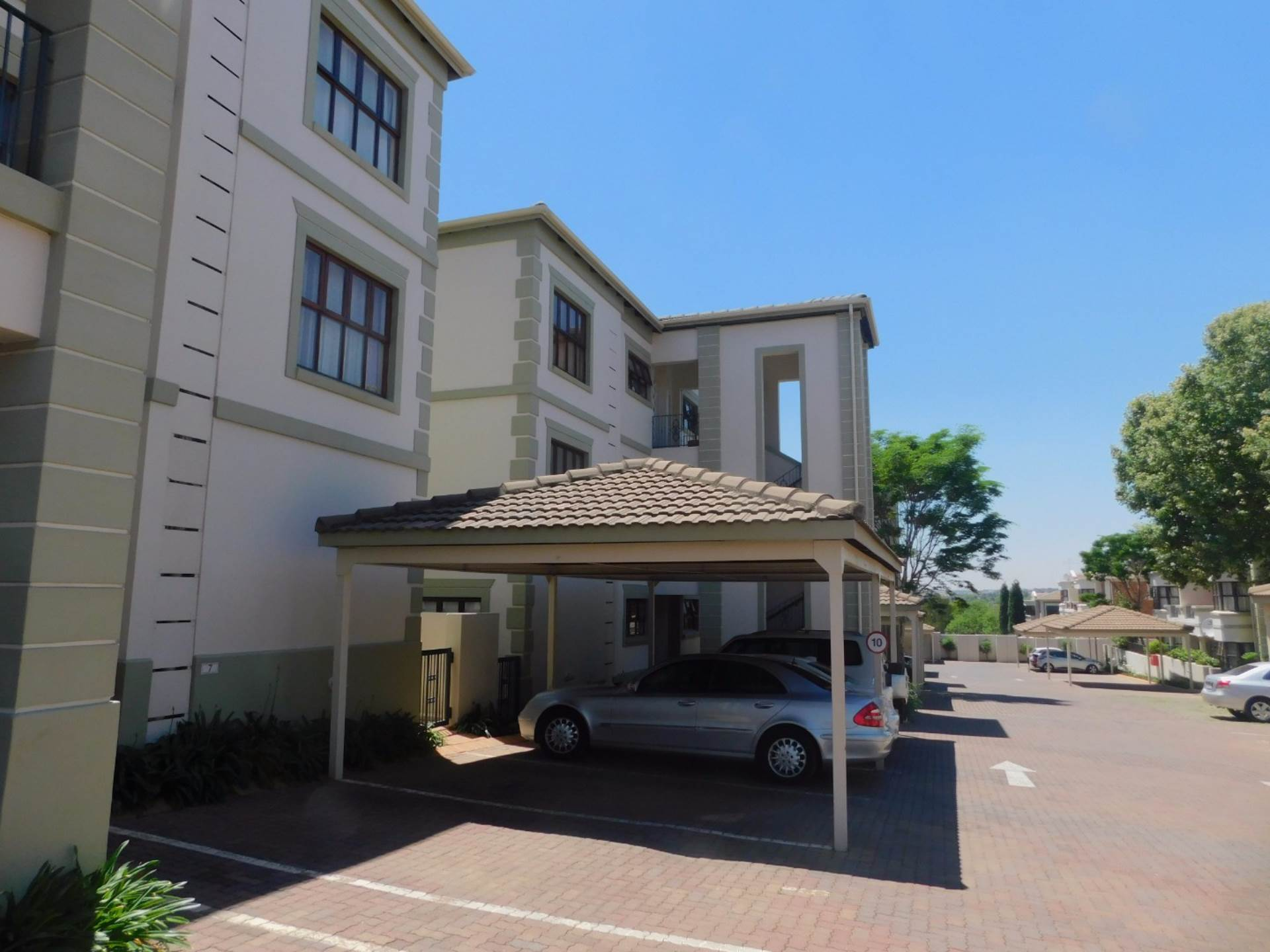 2 BedroomApartment To Rent In Bryanston