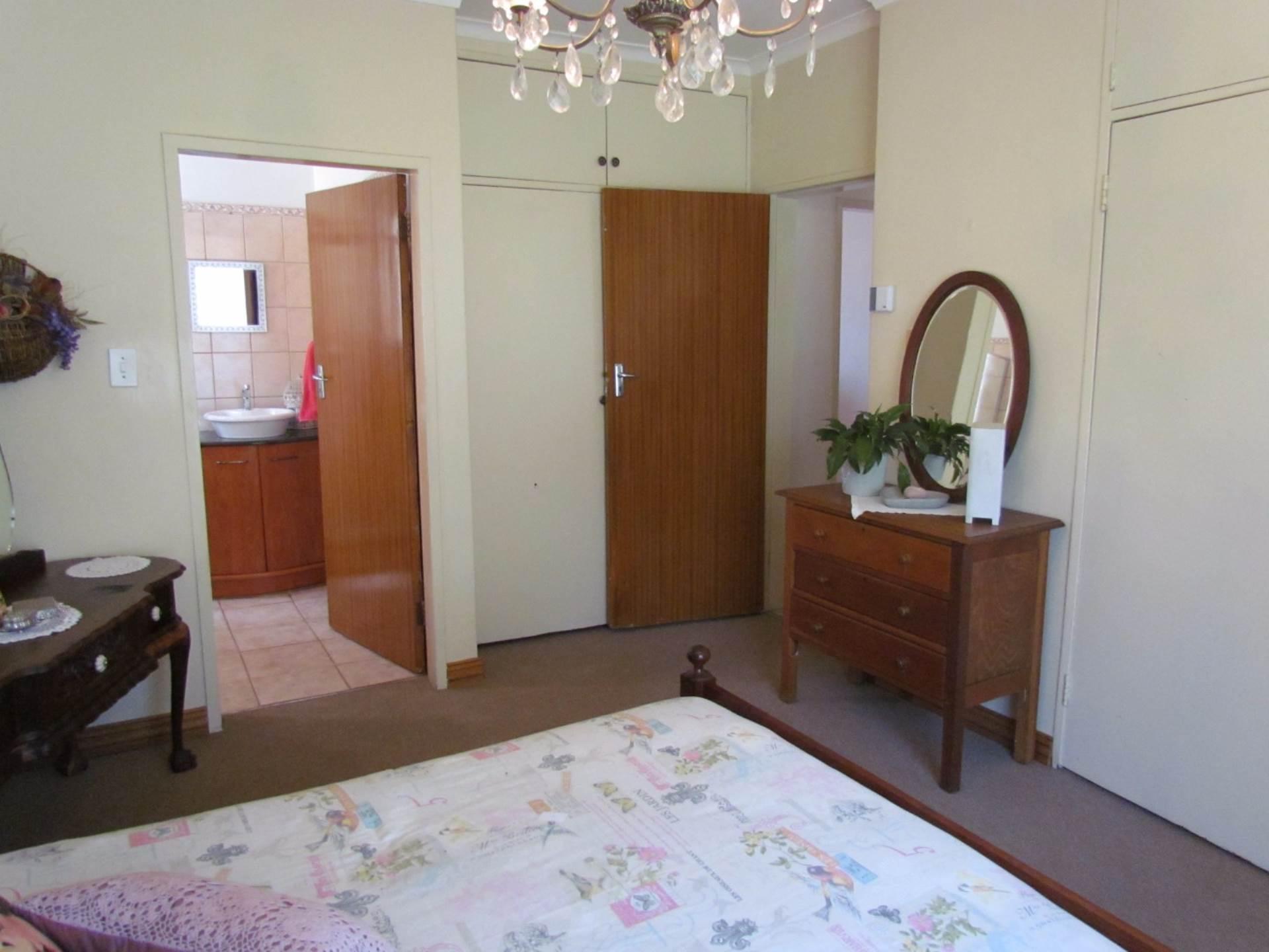 Elarduspark property for sale. Ref No: 13544106. Picture no 9