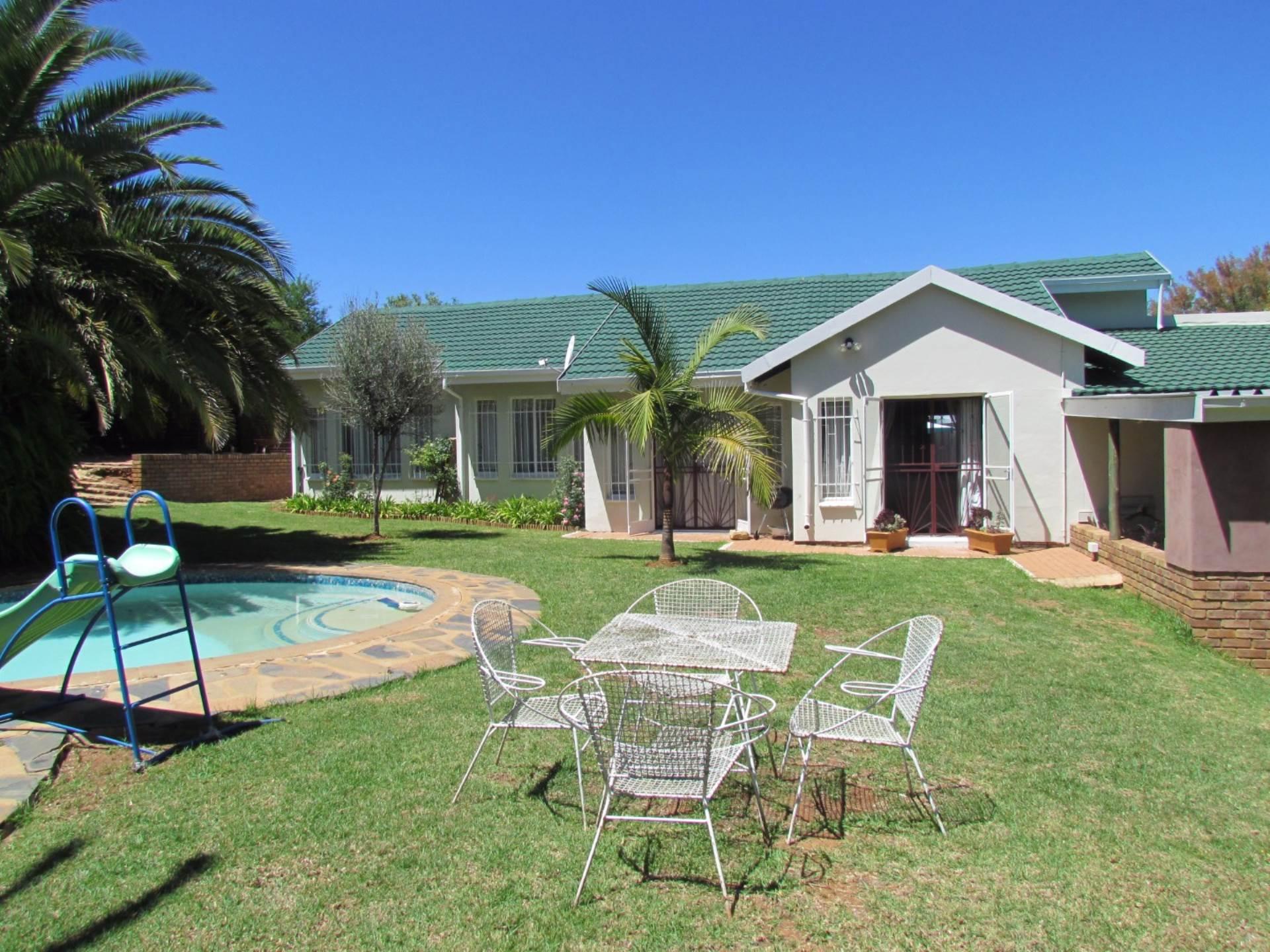 Elarduspark property for sale. Ref No: 13544106. Picture no 45