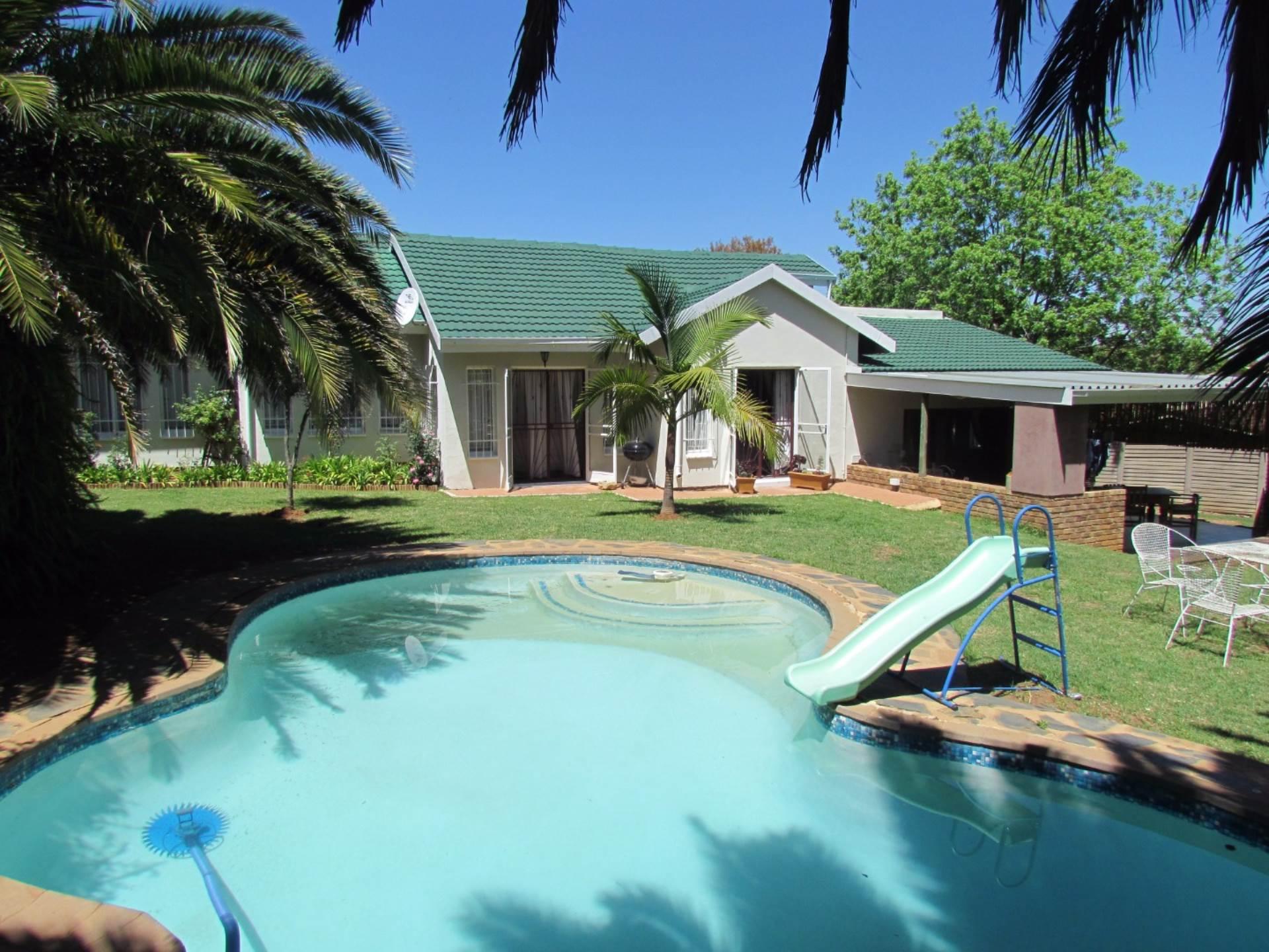 Elarduspark property for sale. Ref No: 13544106. Picture no 47