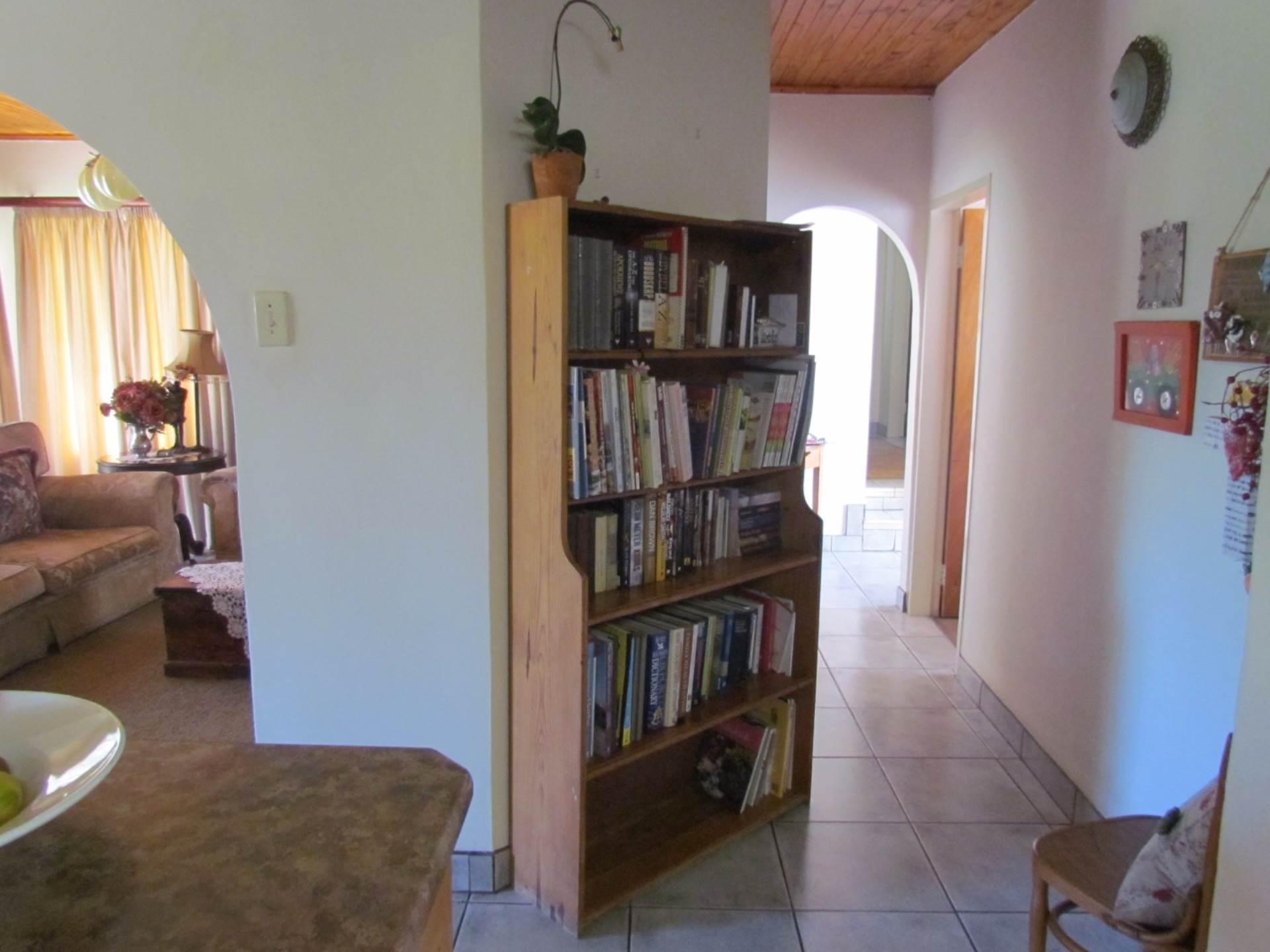 Elarduspark property for sale. Ref No: 13544106. Picture no 29