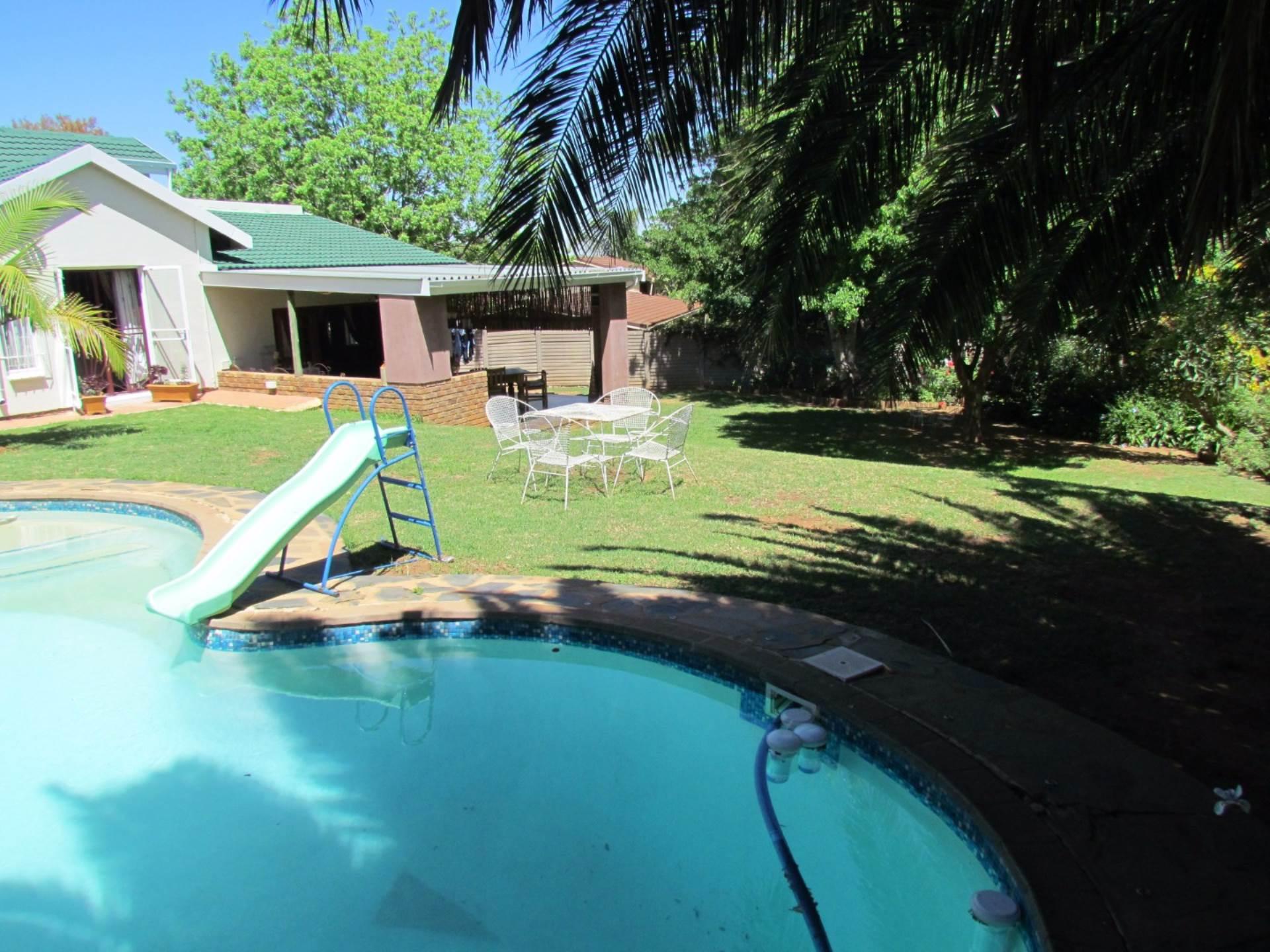 Elarduspark property for sale. Ref No: 13544106. Picture no 49