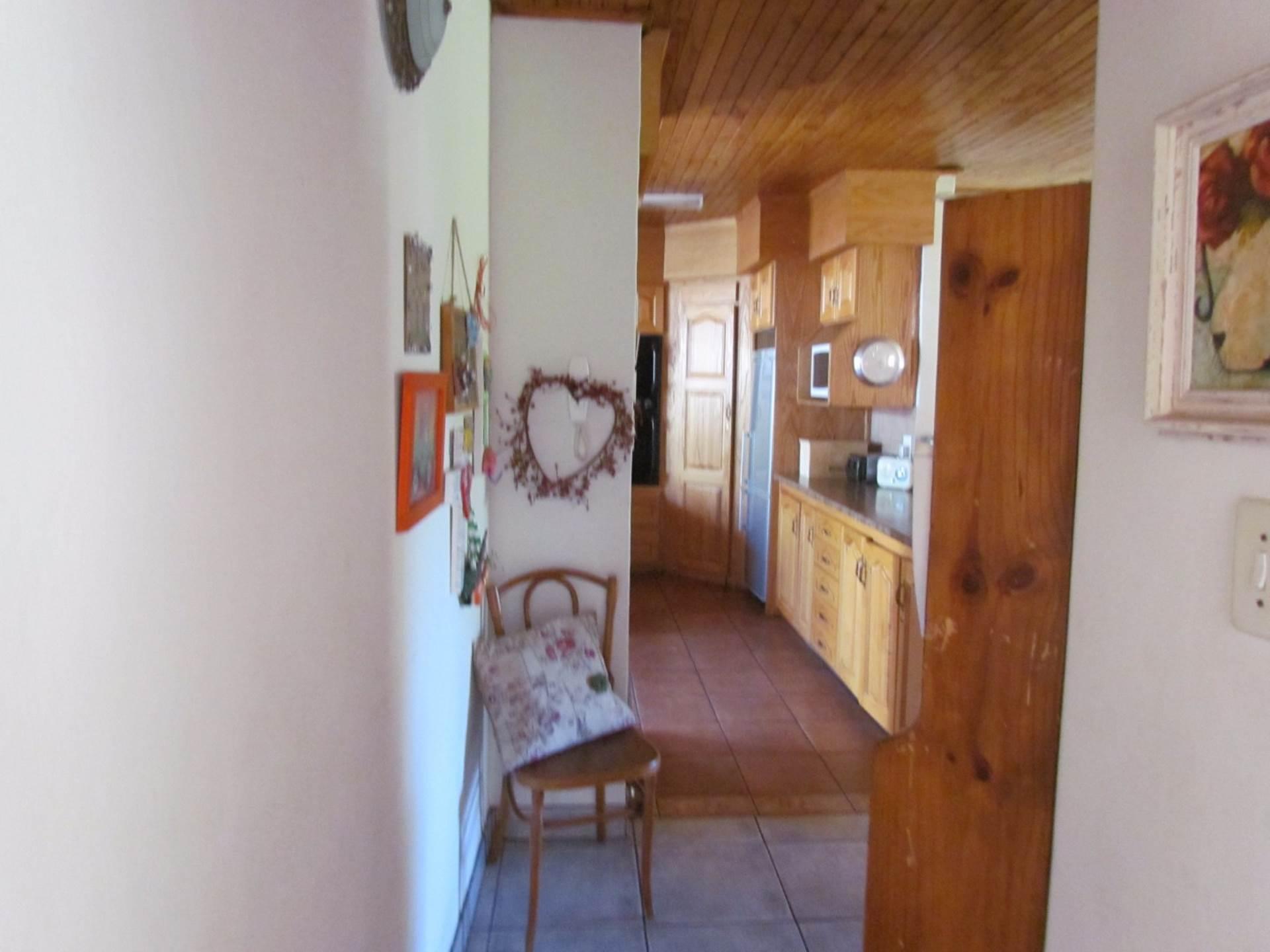 Elarduspark property for sale. Ref No: 13544106. Picture no 20