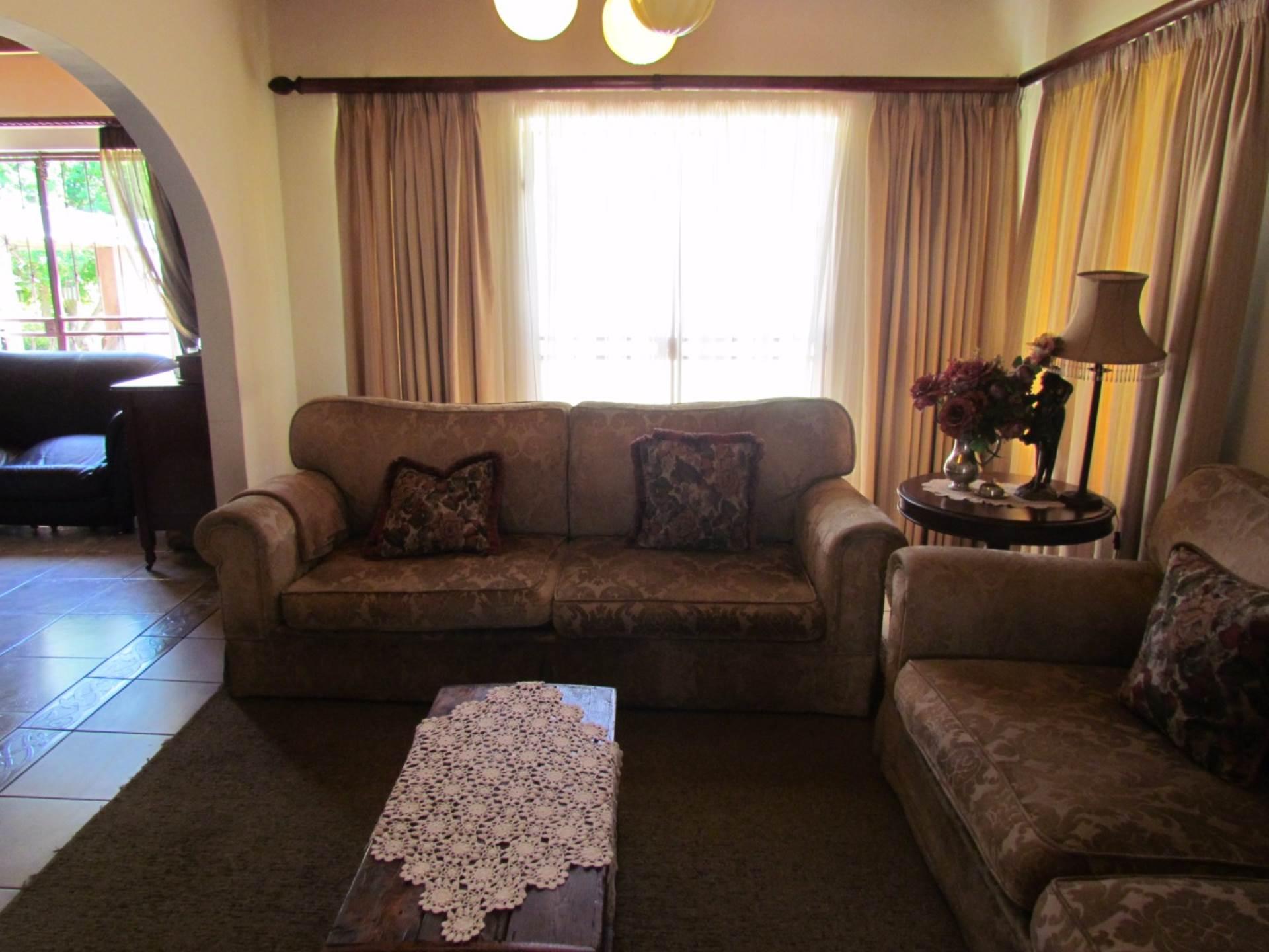 Elarduspark property for sale. Ref No: 13544106. Picture no 21